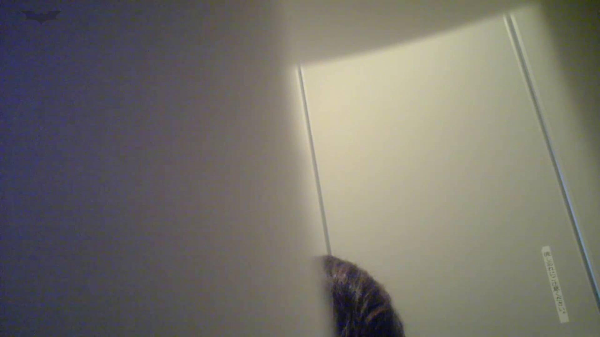有名大学女性洗面所 vol.48 おっ、脱いじゃう感じだっ!!しかも粒ぞろい 胸チラ・のぞき オメコ動画キャプチャ 106枚 18