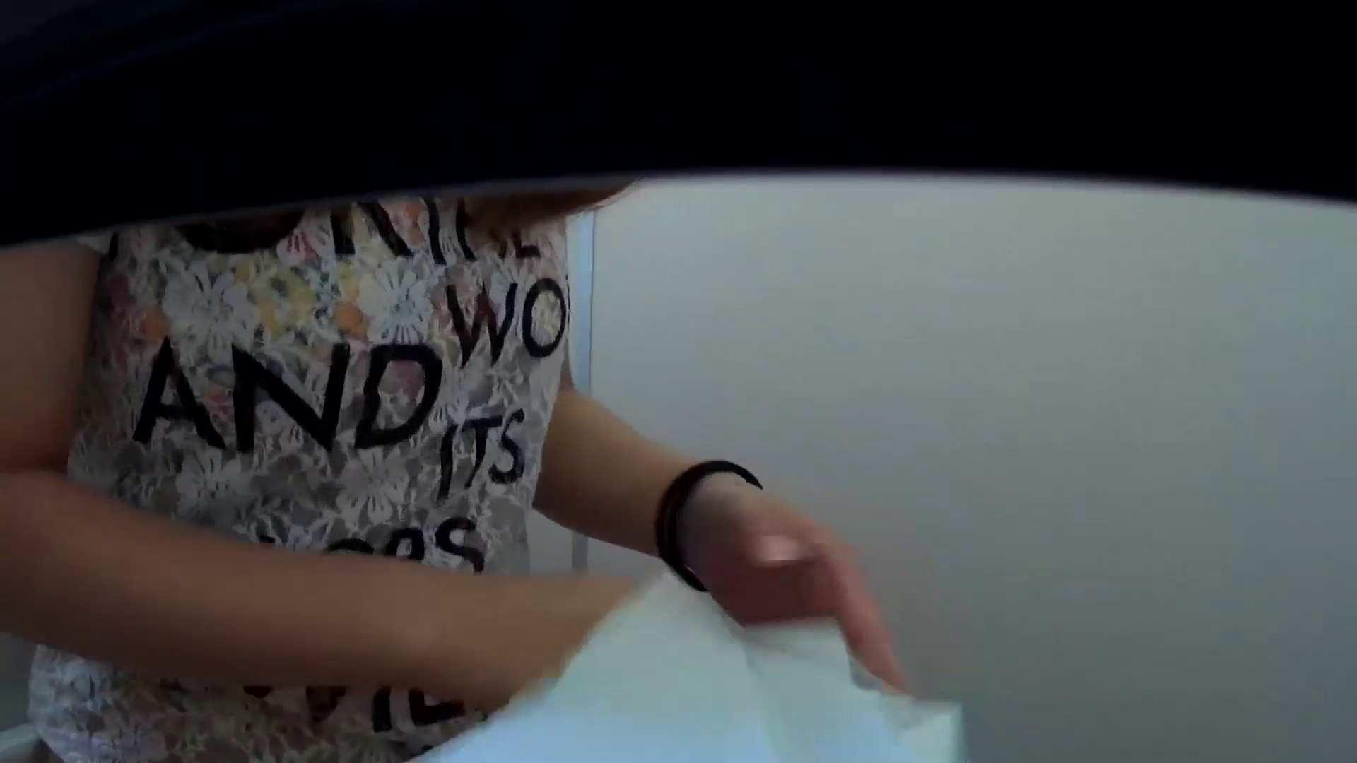 有名大学女性洗面所 vol.48 おっ、脱いじゃう感じだっ!!しかも粒ぞろい 排泄 性交動画流出 106枚 89
