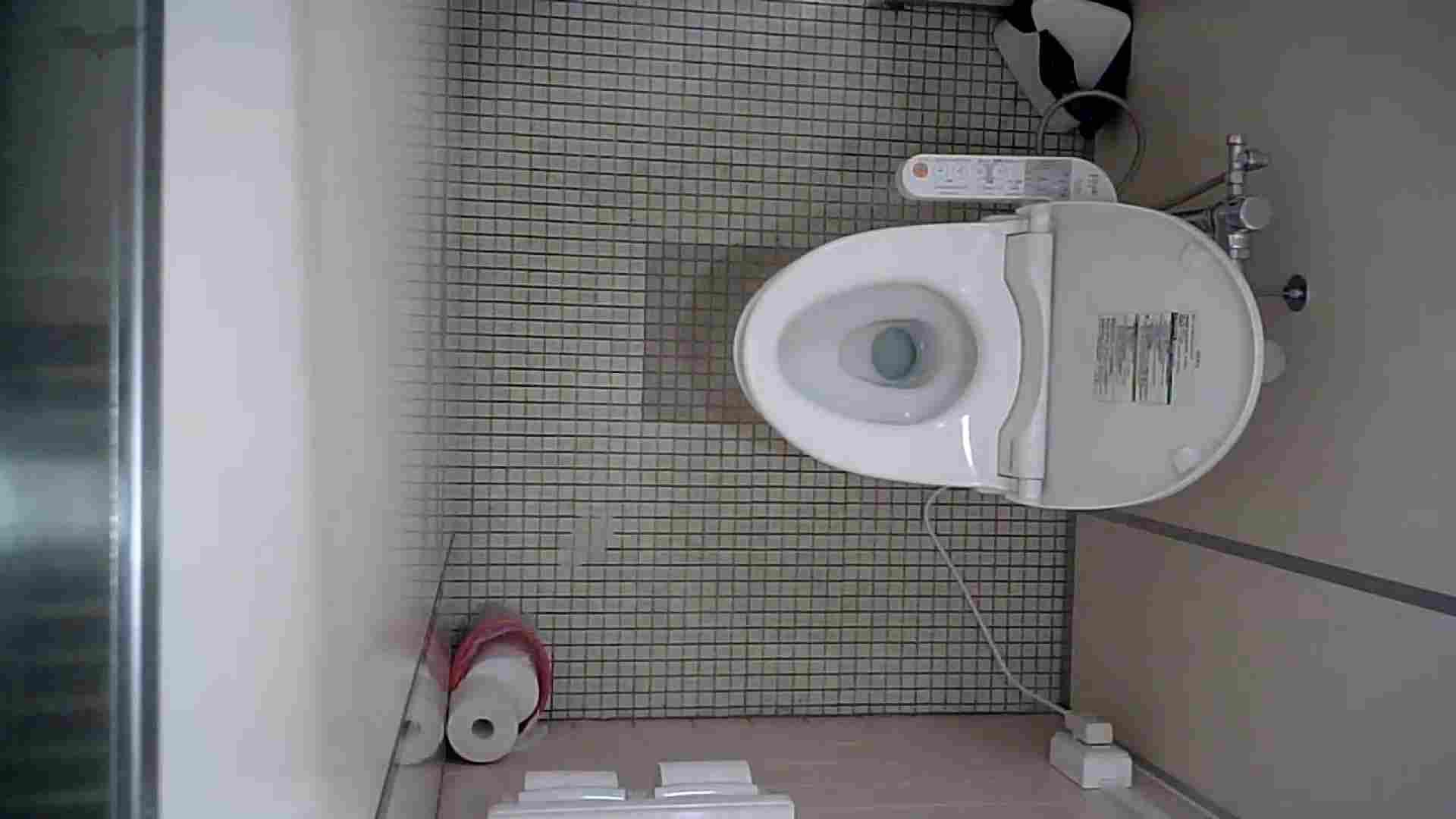 有名大学女性洗面所 vol.50 個室には3つの「目」があるみたいです。 ギャル達  109枚 16