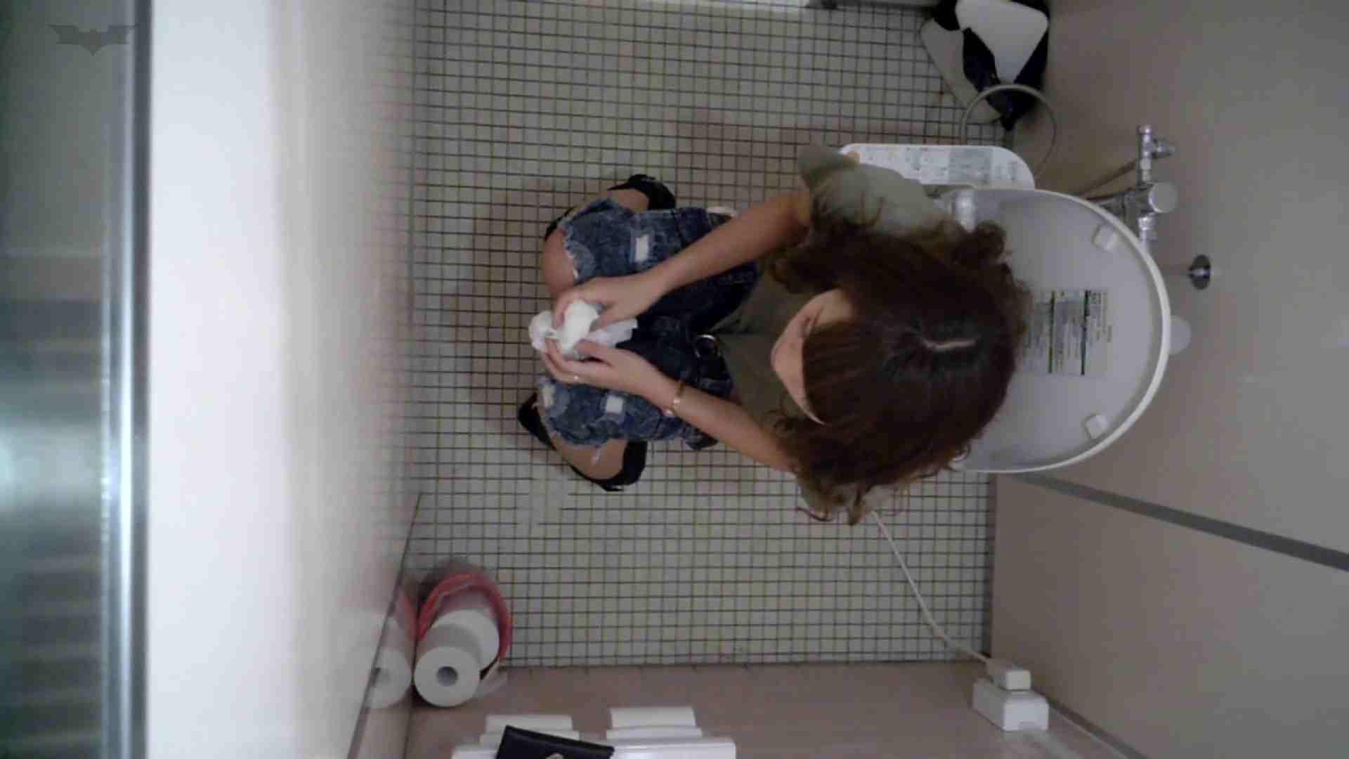有名大学女性洗面所 vol.50 個室には3つの「目」があるみたいです。 排泄 AV動画キャプチャ 109枚 23