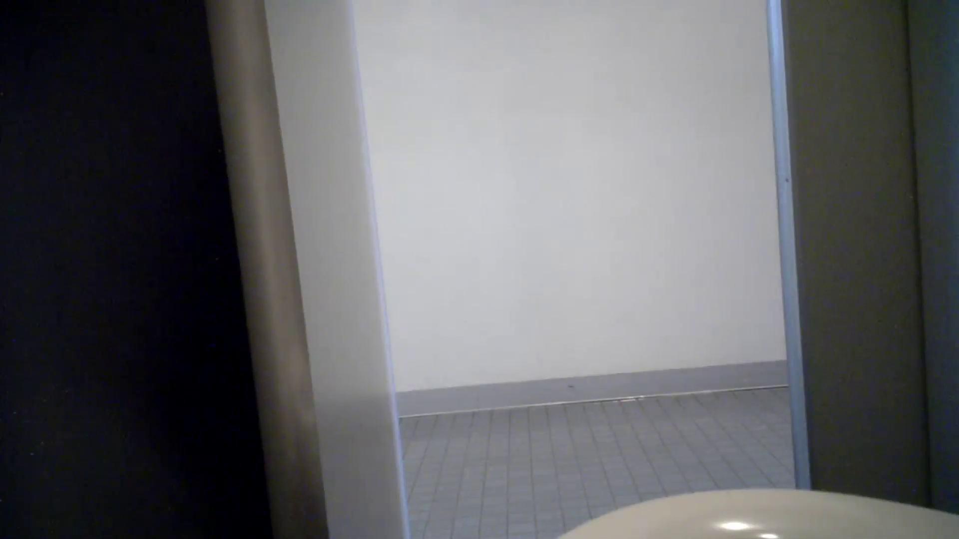有名大学女性洗面所 vol.50 個室には3つの「目」があるみたいです。 洗面所のぞき おまんこ動画流出 109枚 82