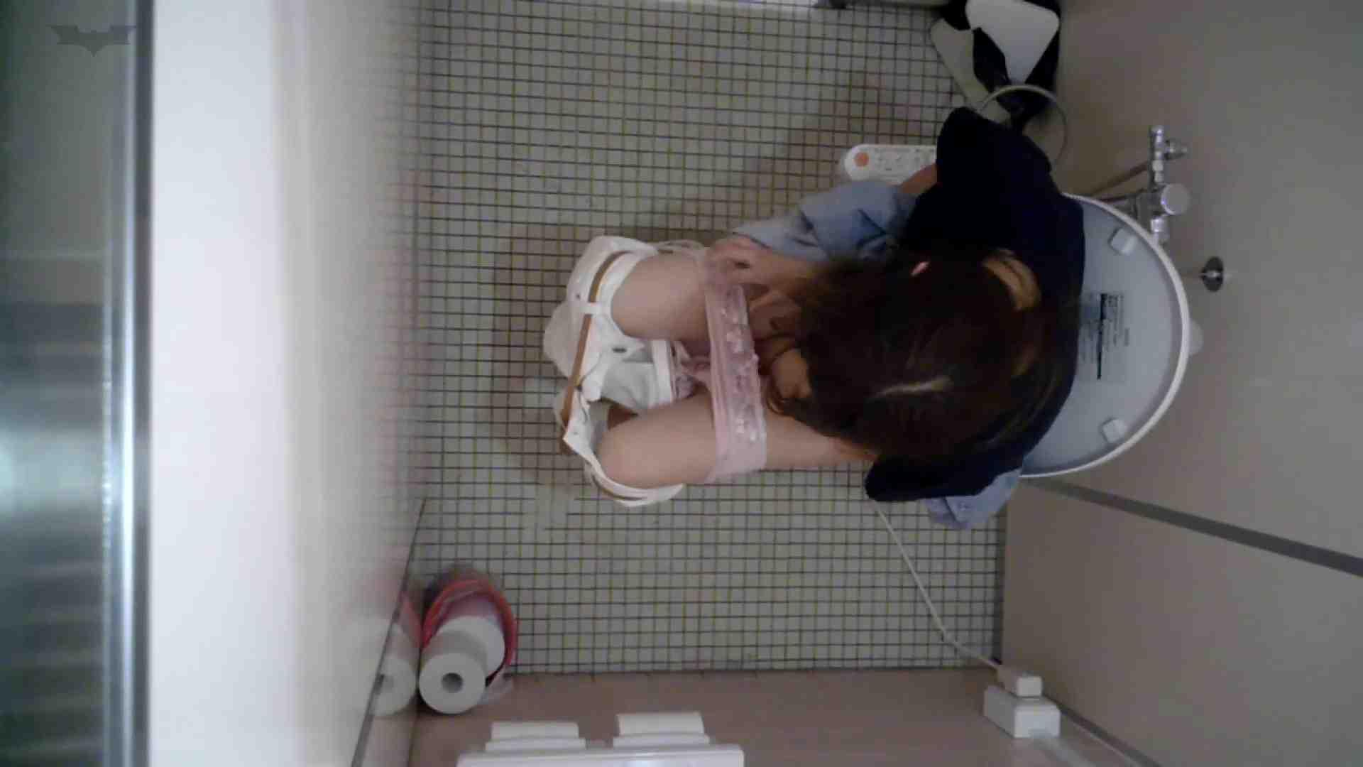 有名大学女性洗面所 vol.50 個室には3つの「目」があるみたいです。 和式便所 性交動画流出 109枚 101
