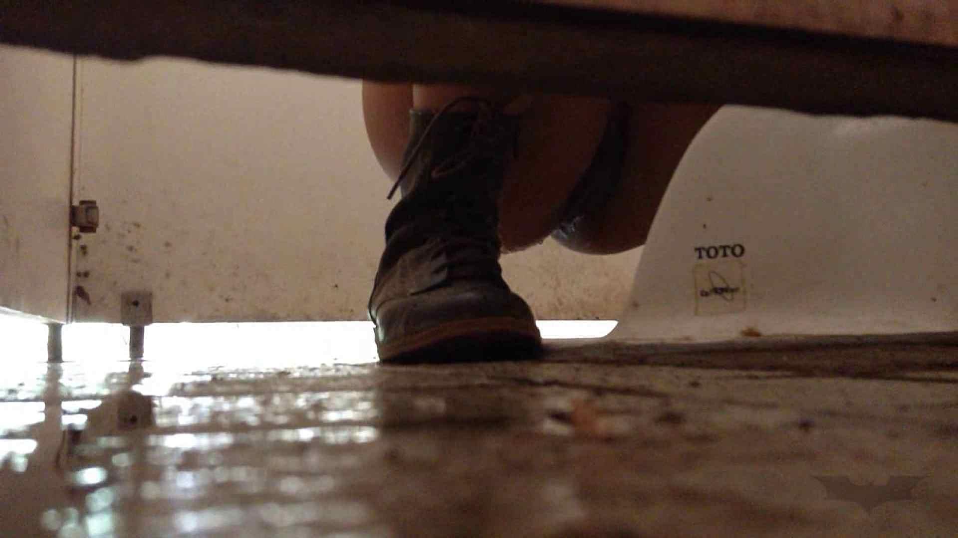 痴態洗面所 Vol.10 結構「逆」で行く人いるもんだ。「大」もあるよ。 洗面所のぞき 濡れ場動画紹介 88枚 14