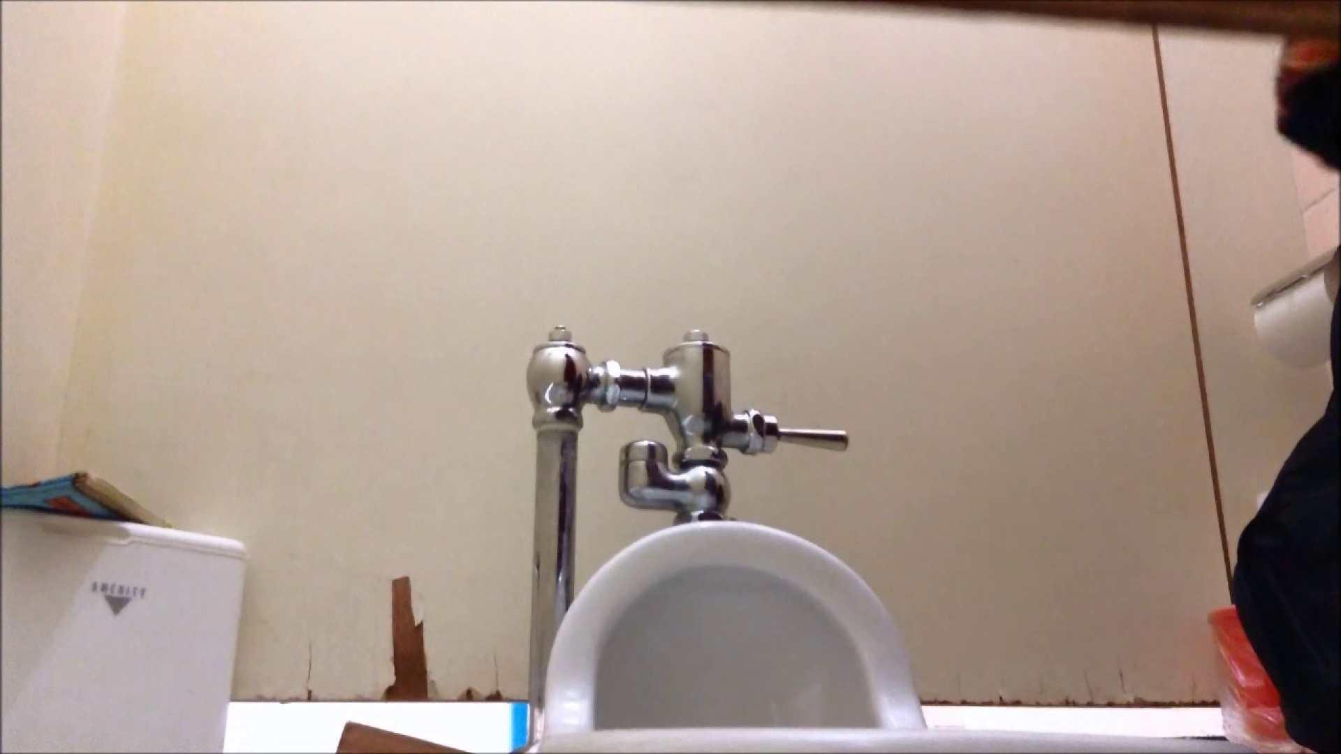 某有名大学女性洗面所 vol.06 洗面所のぞき   和式便所  111枚 37