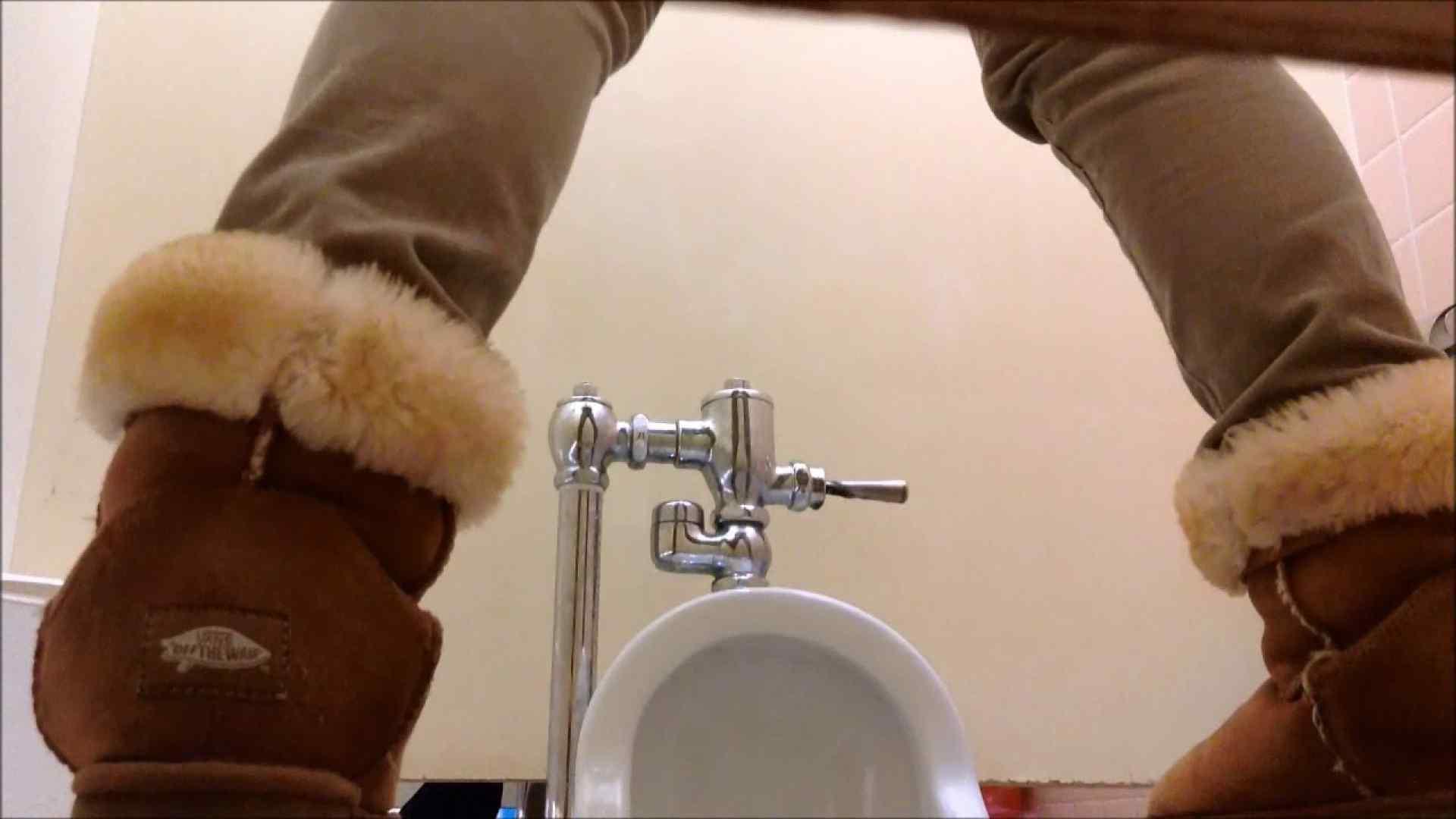 某有名大学女性洗面所 vol.06 洗面所のぞき   和式便所  111枚 73