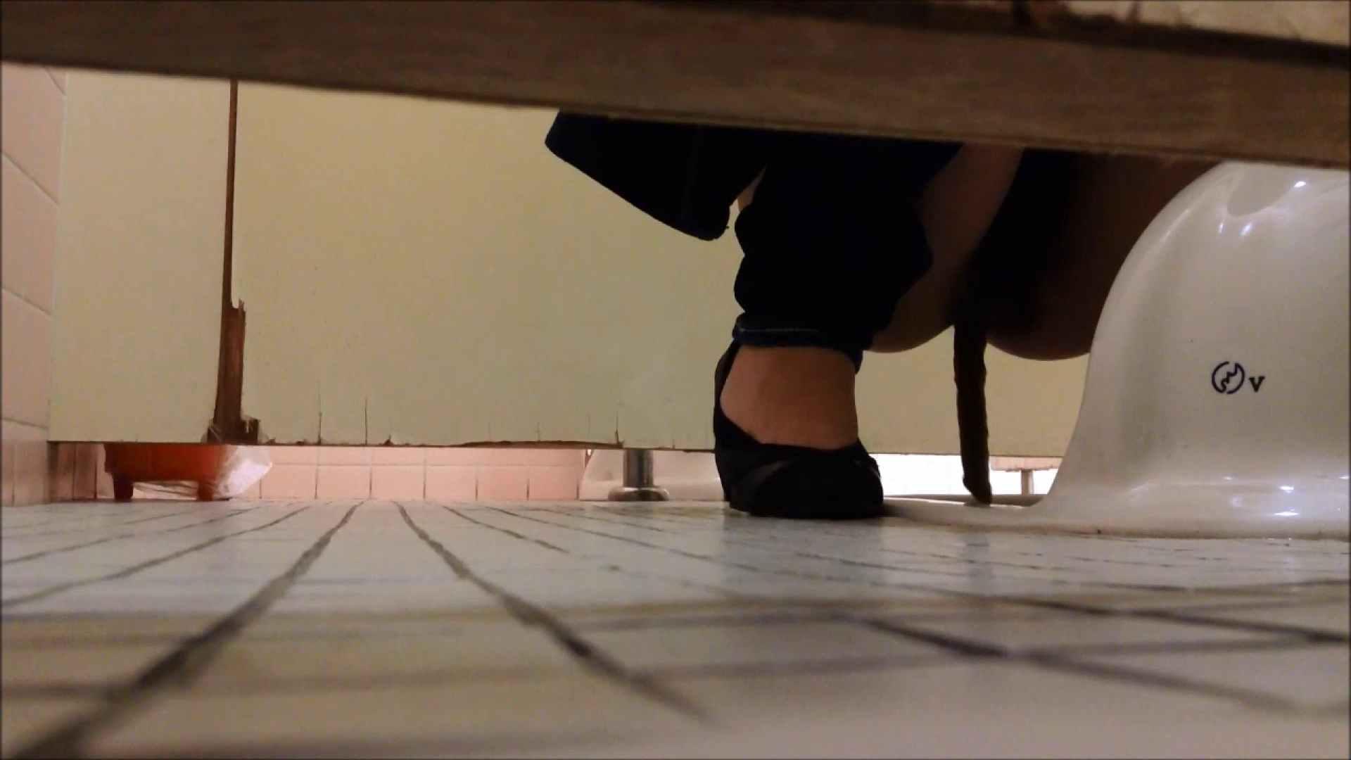 某有名大学女性洗面所 vol.06 洗面所のぞき  111枚 90
