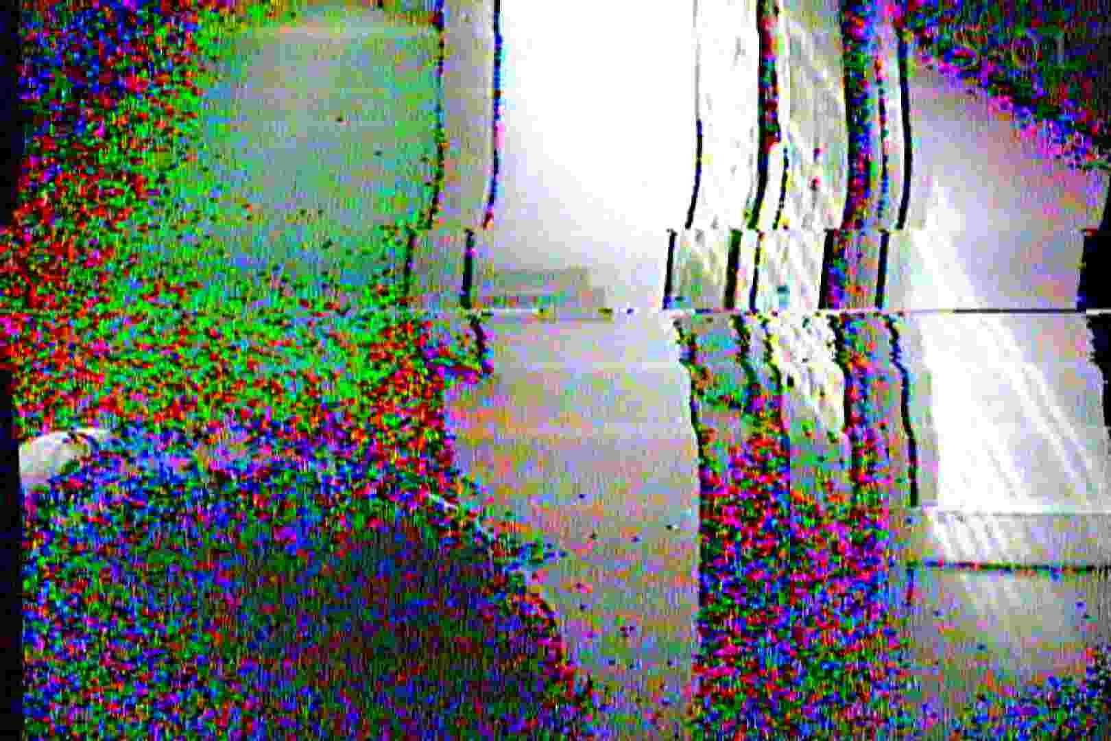海の家の更衣室 Vol.03 美女 おまんこ動画流出 95枚 47