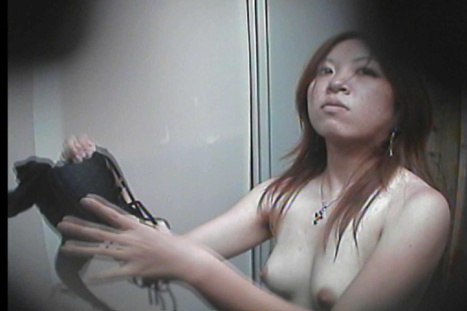 海の家の更衣室 Vol.16 美女 おめこ無修正画像 105枚 60