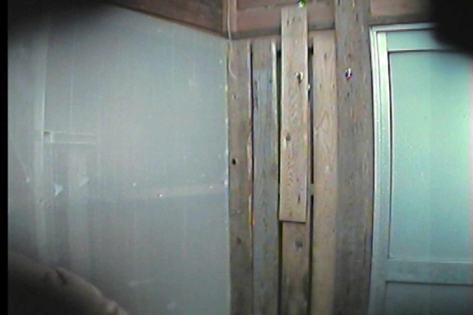 海の家の更衣室 Vol.33 ギャル達  110枚 72