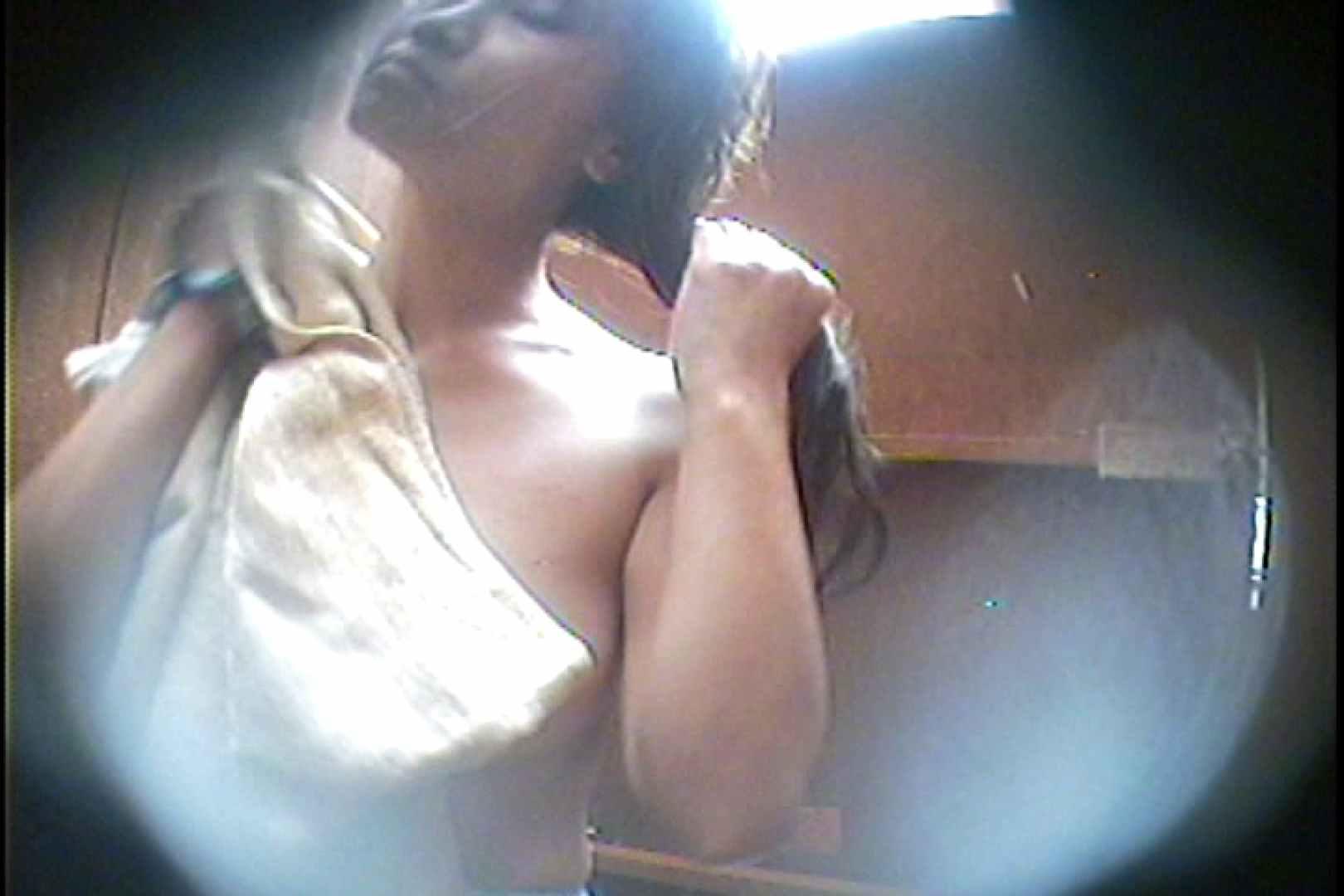 海の家の更衣室 Vol.34 美肌 性交動画流出 88枚 57
