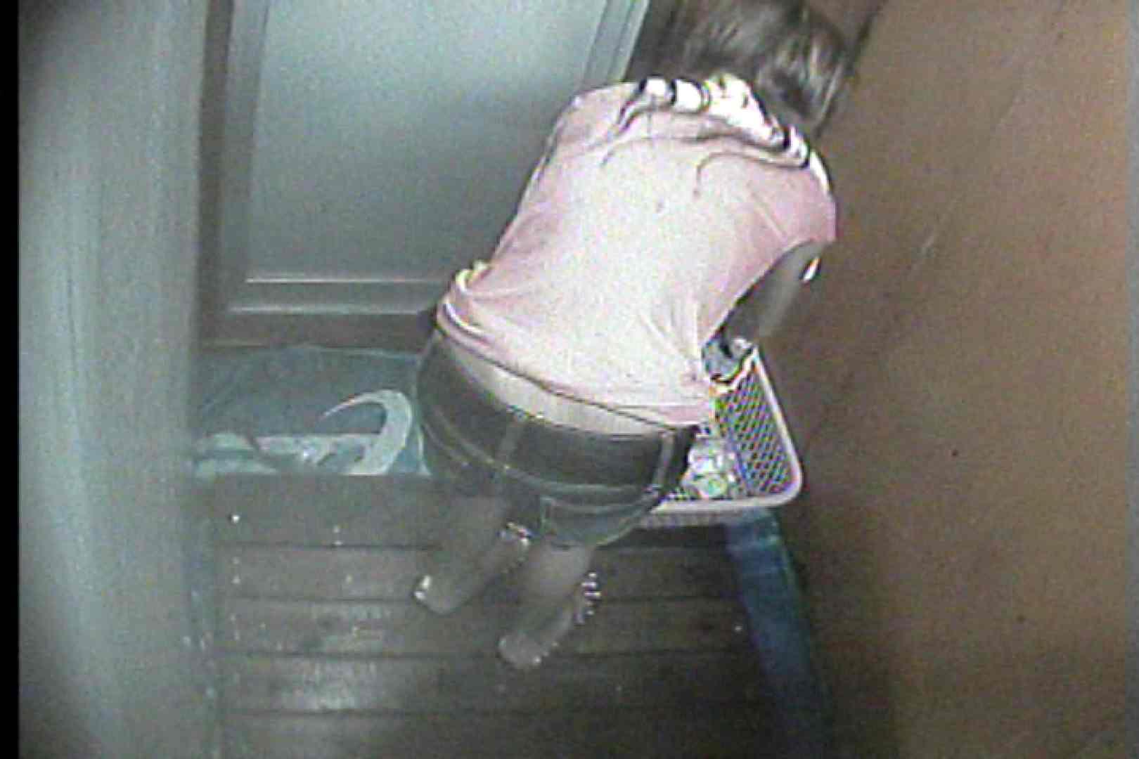 海の家の更衣室 Vol.35 日焼けギャル オメコ無修正動画無料 77枚 15