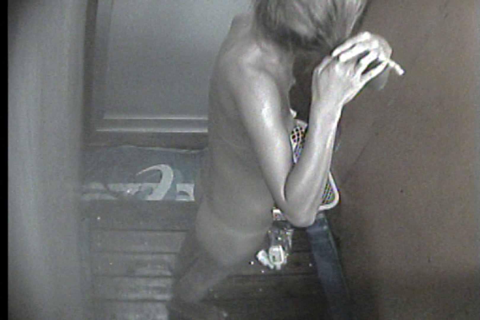 海の家の更衣室 Vol.35 日焼けギャル オメコ無修正動画無料 77枚 23
