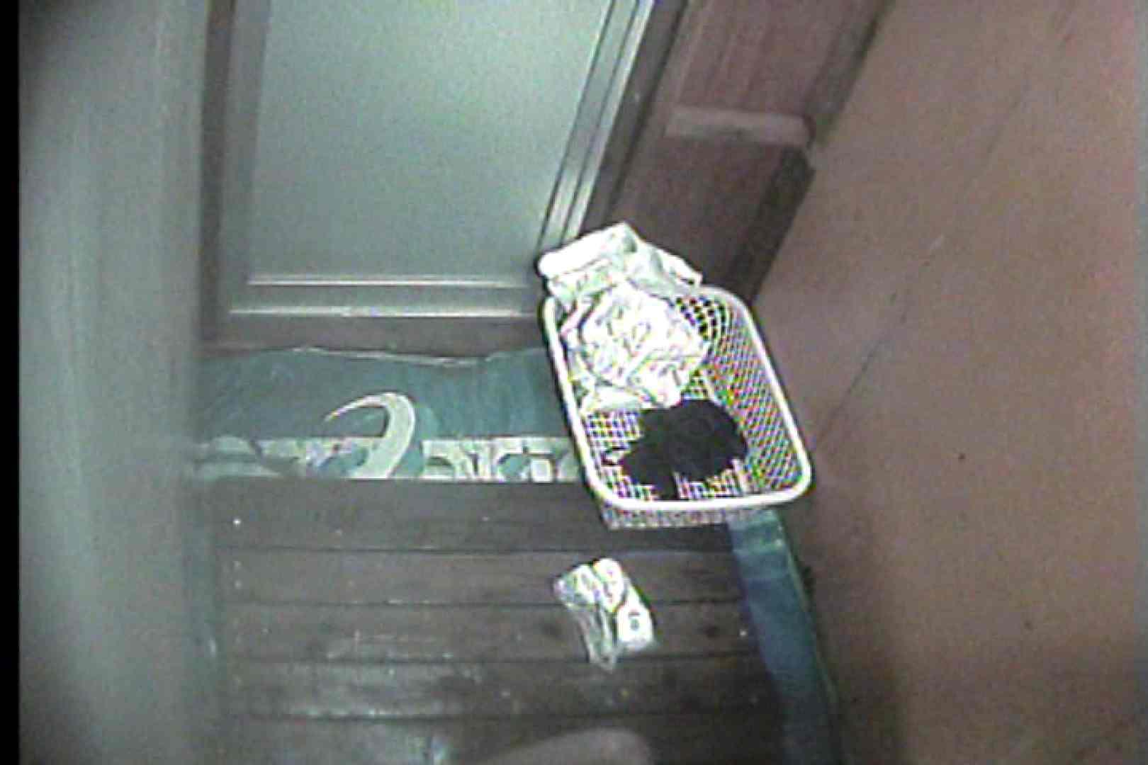 海の家の更衣室 Vol.35 シャワー室 オマンコ動画キャプチャ 77枚 45