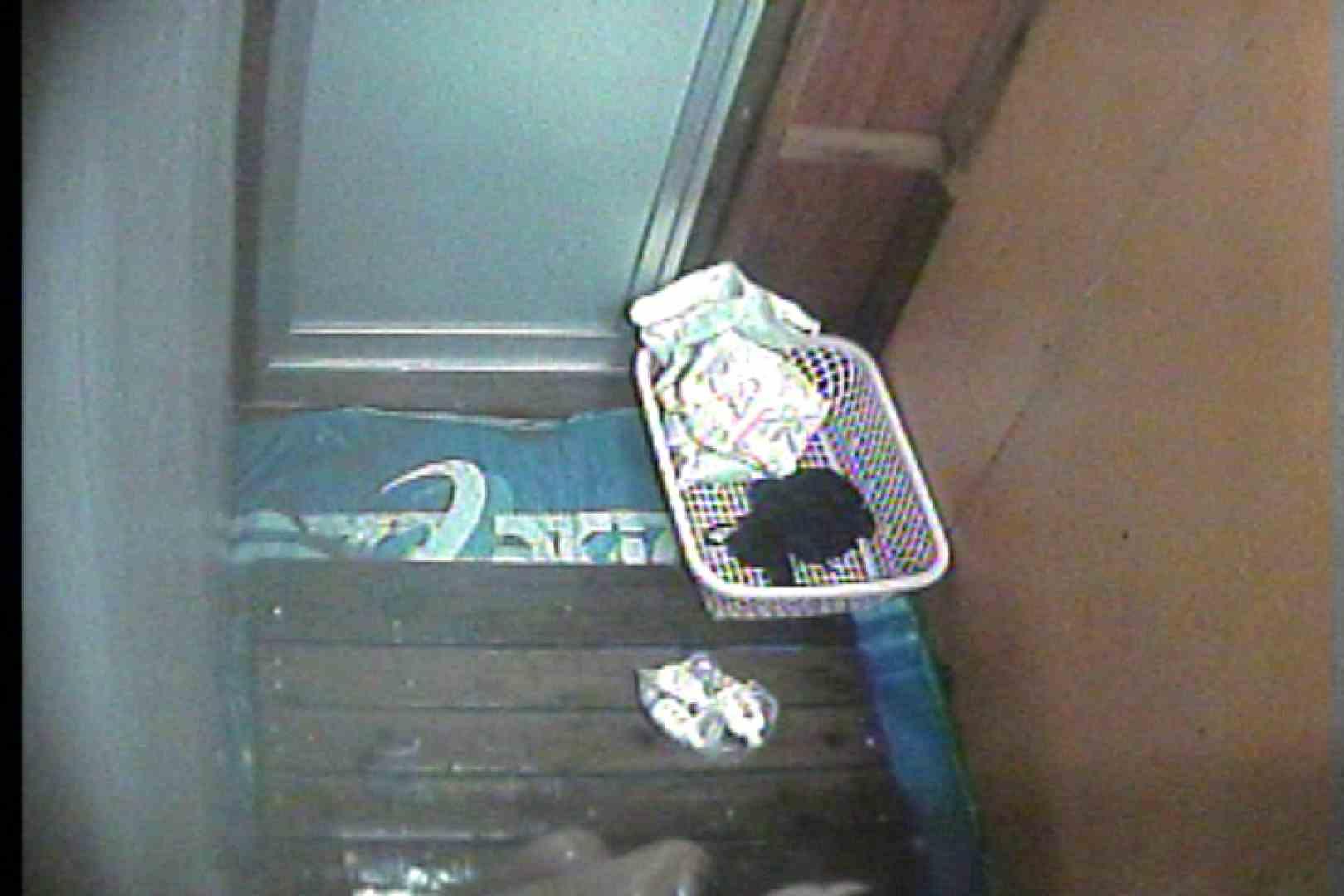 海の家の更衣室 Vol.35 シャワー室 オマンコ動画キャプチャ 77枚 61