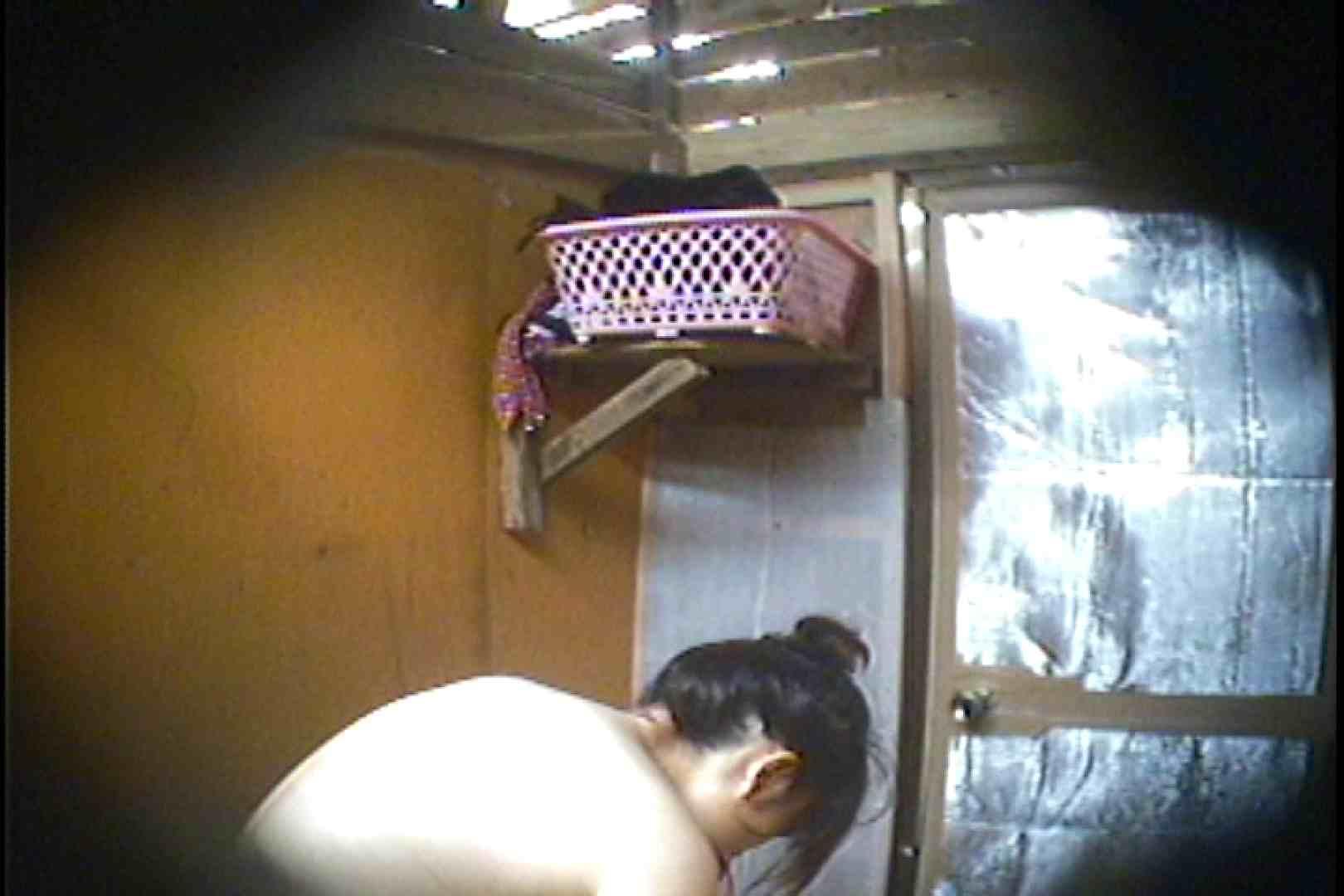海の家の更衣室 Vol.37 シャワー室 すけべAV動画紹介 107枚 60