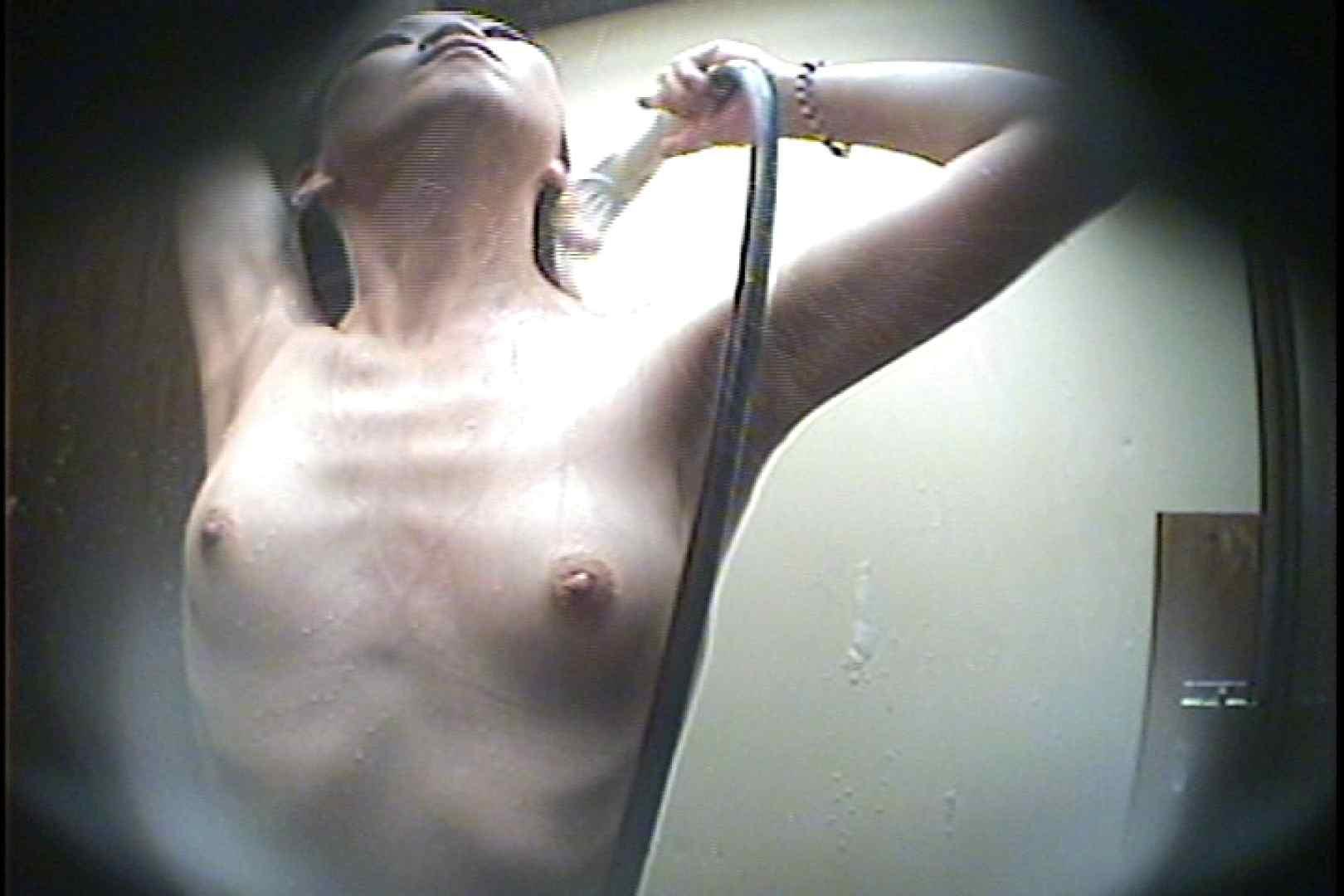 海の家の更衣室 Vol.40 シャワー室 ワレメ無修正動画無料 93枚 47