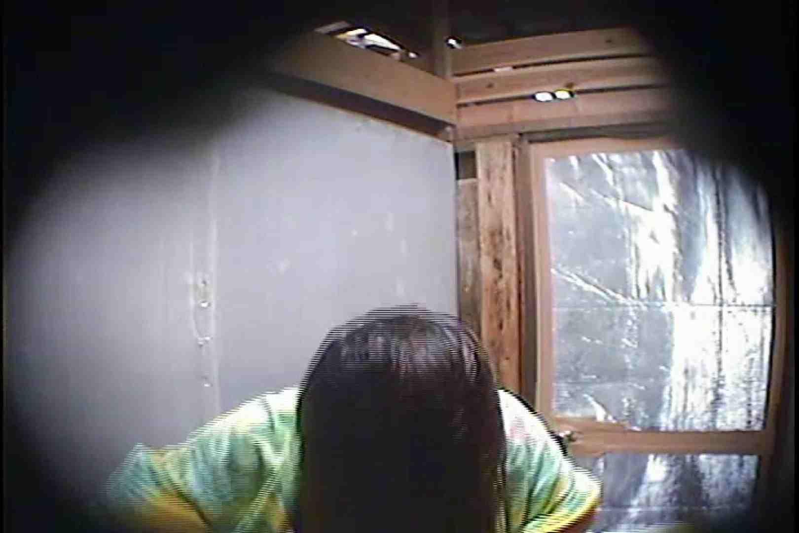 海の家の更衣室 Vol.45 日焼けギャル エロ画像 76枚 17