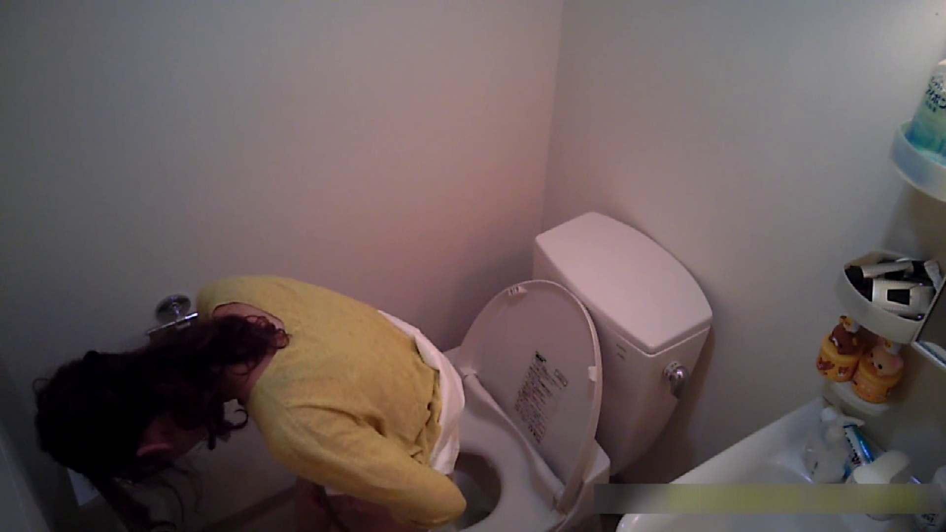 乳首大き目の24歳Y子 トイレ編 洗面所のぞき おめこ無修正動画無料 76枚 69
