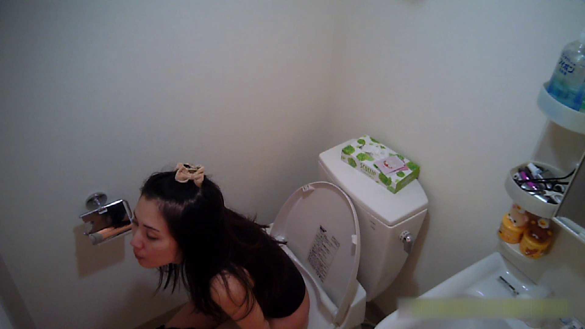 清楚な顔してかなり敏感なE子25歳(仮名)Vol.05 裸でトイレ編 トイレ盗撮 オメコ無修正動画無料 90枚 55