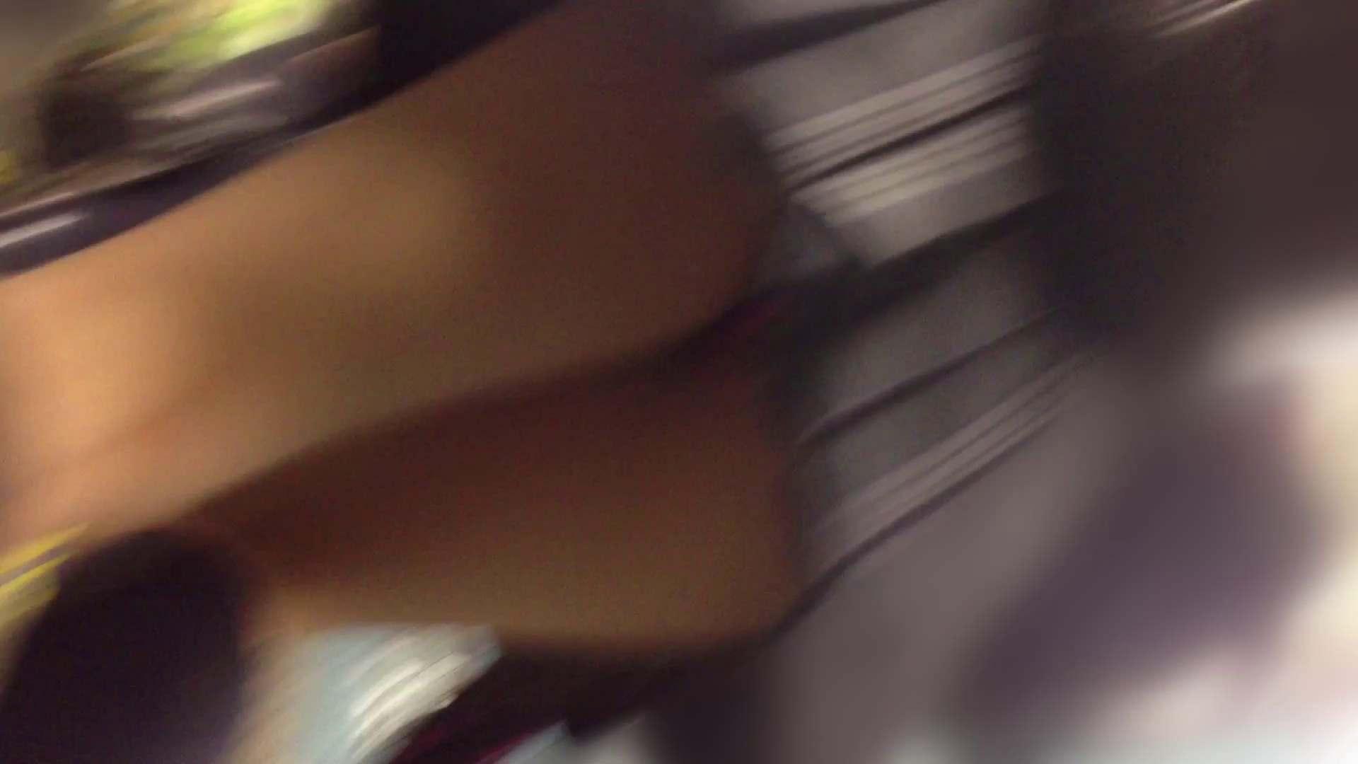 階段パンチラ Vol.02 ギャル達 われめAV動画紹介 93枚 77