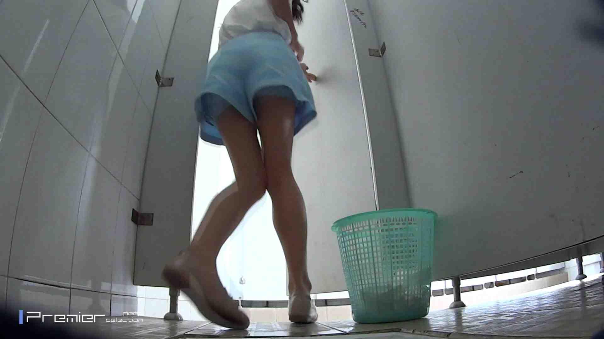 美しい女良たちのトイレ事情 有名大学休憩時間の洗面所事情06 ギャル達 SEX無修正画像 90枚 14