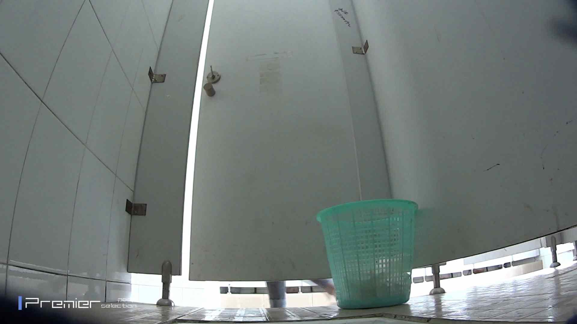 美しい女良たちのトイレ事情 有名大学休憩時間の洗面所事情06 トイレ盗撮 おめこ無修正画像 90枚 23