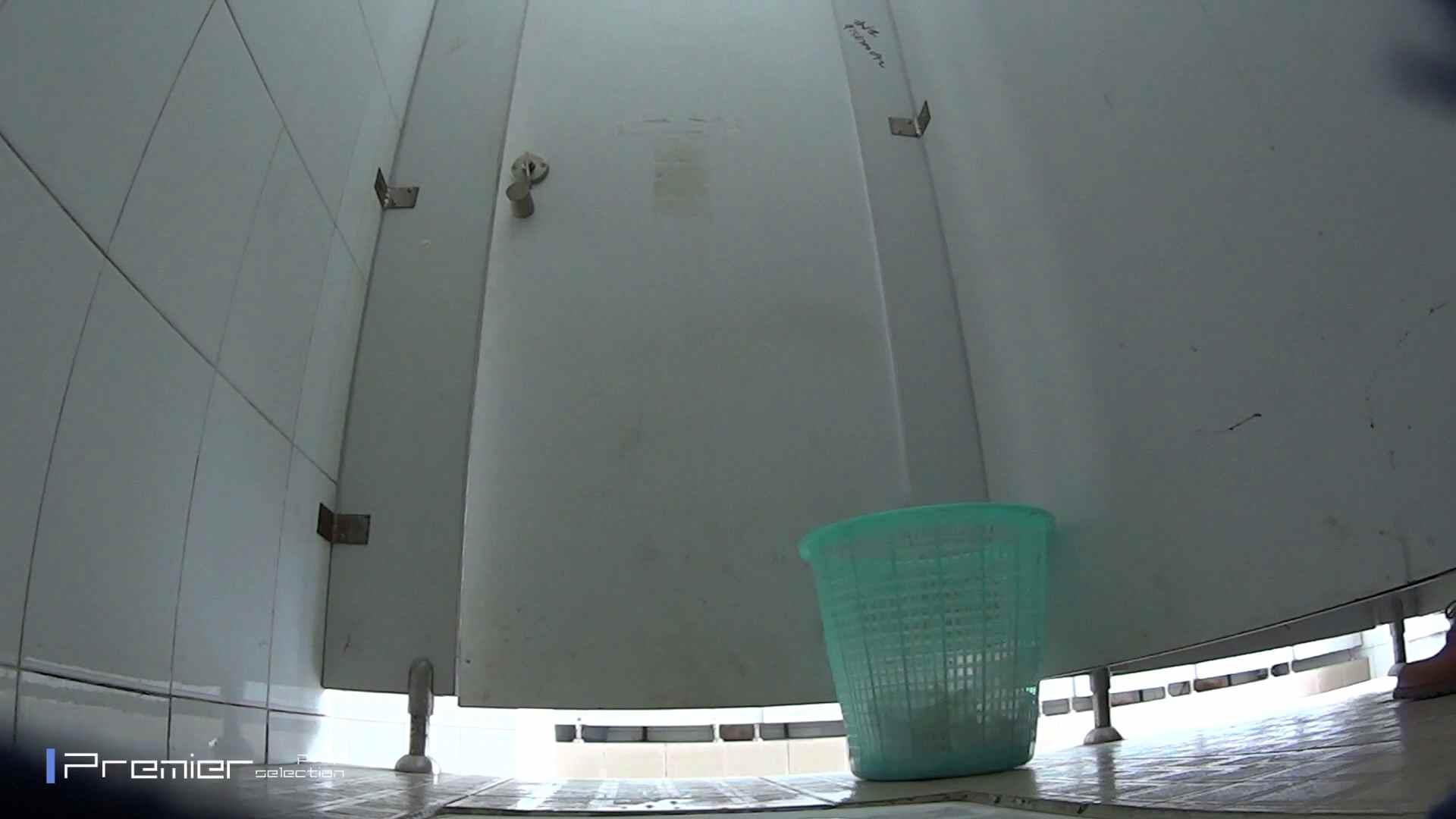 美しい女良たちのトイレ事情 有名大学休憩時間の洗面所事情06 美女 ぱこり動画紹介 90枚 34