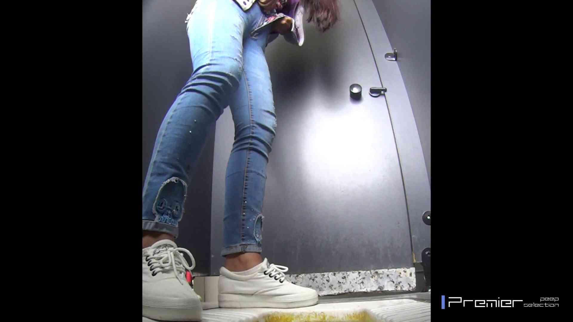 むっちり眼鏡さんの洗面所盗撮 大学休憩時間の洗面所事情17 細身体型 オマンコ動画キャプチャ 80枚 41