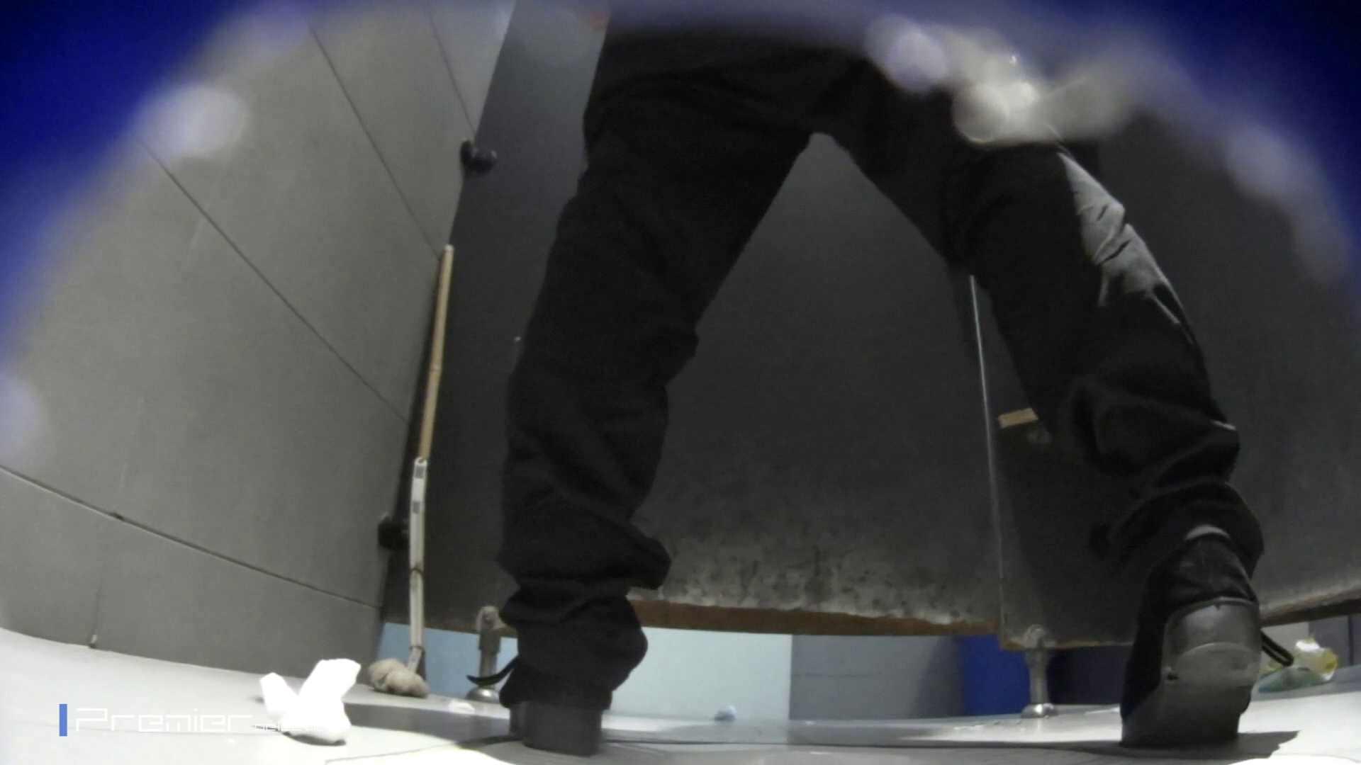 黒スパッツ美女 大学休憩時間の洗面所事情70 美肌 おまんこ無修正動画無料 79枚 15