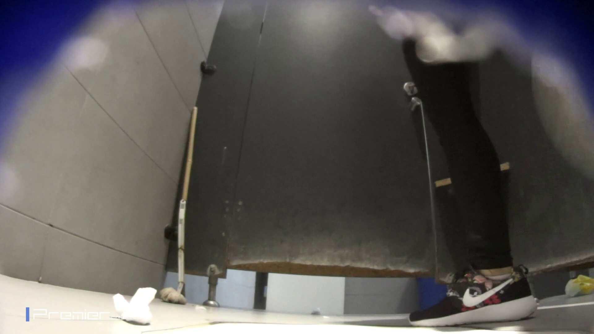 黒スパッツ美女 大学休憩時間の洗面所事情70 盛合せ 性交動画流出 79枚 31