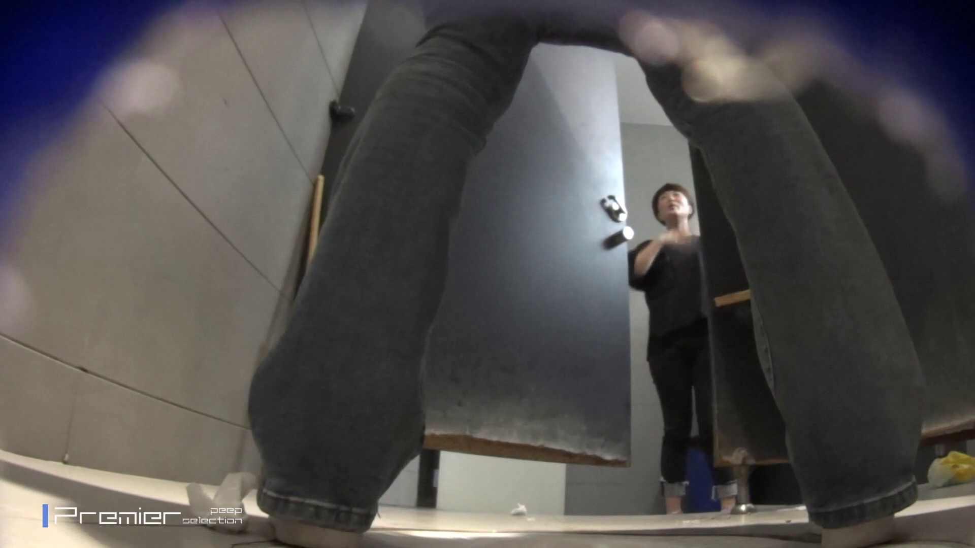 黒スパッツ美女 大学休憩時間の洗面所事情70 美女 AV無料動画キャプチャ 79枚 44