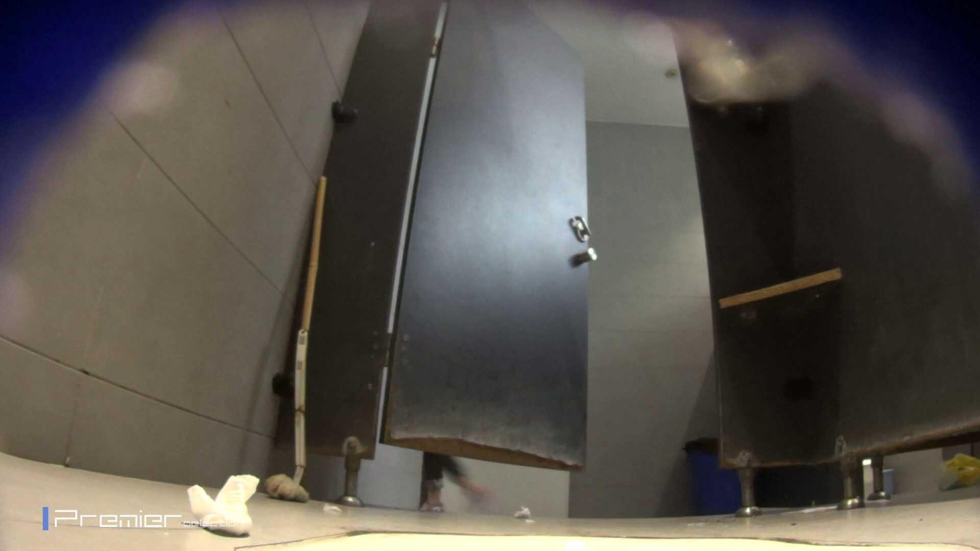 黒スパッツ美女 大学休憩時間の洗面所事情70 ギャル達 おめこ無修正動画無料 79枚 56
