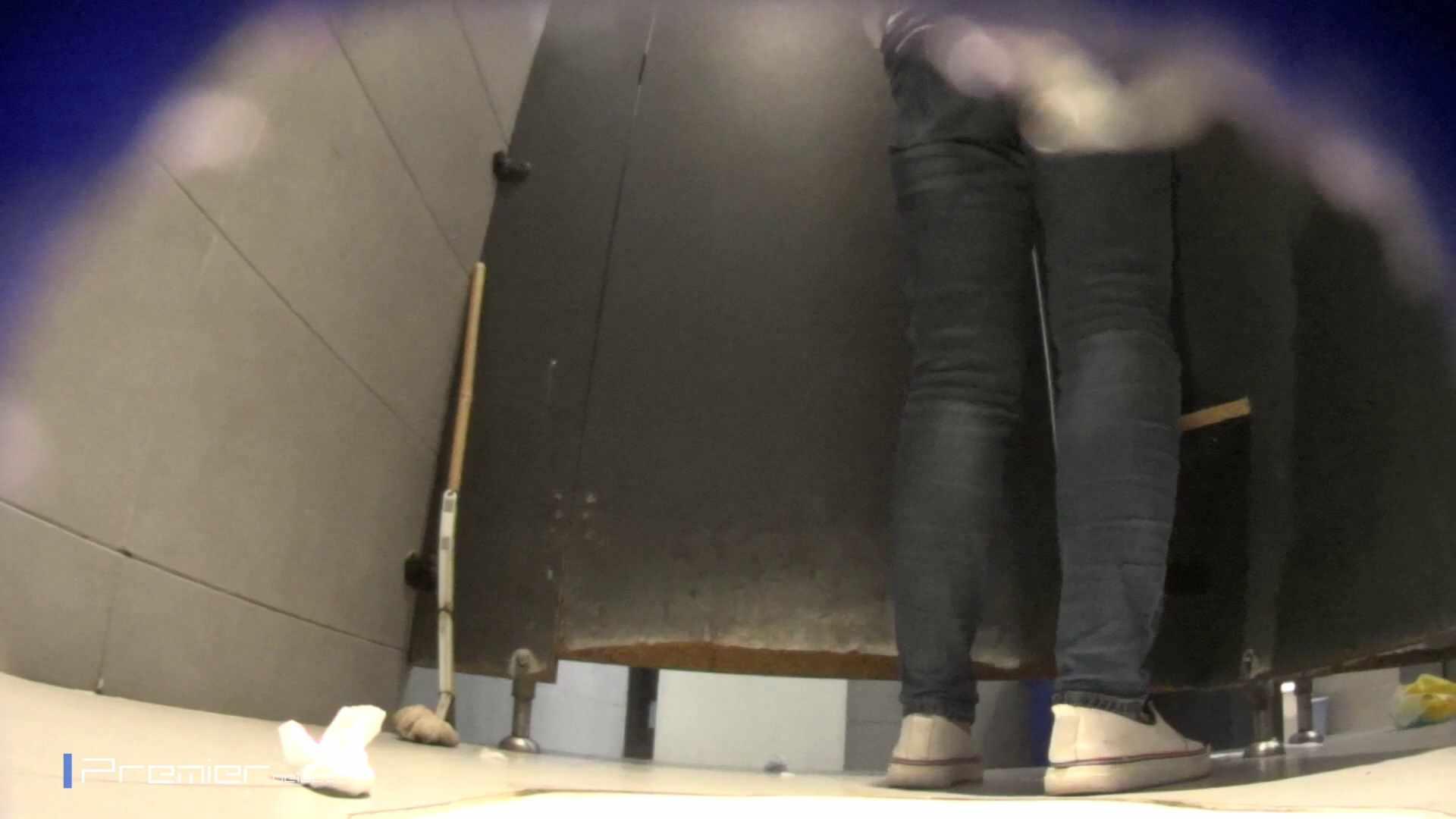 黒スパッツ美女 大学休憩時間の洗面所事情70 盛合せ 性交動画流出 79枚 58