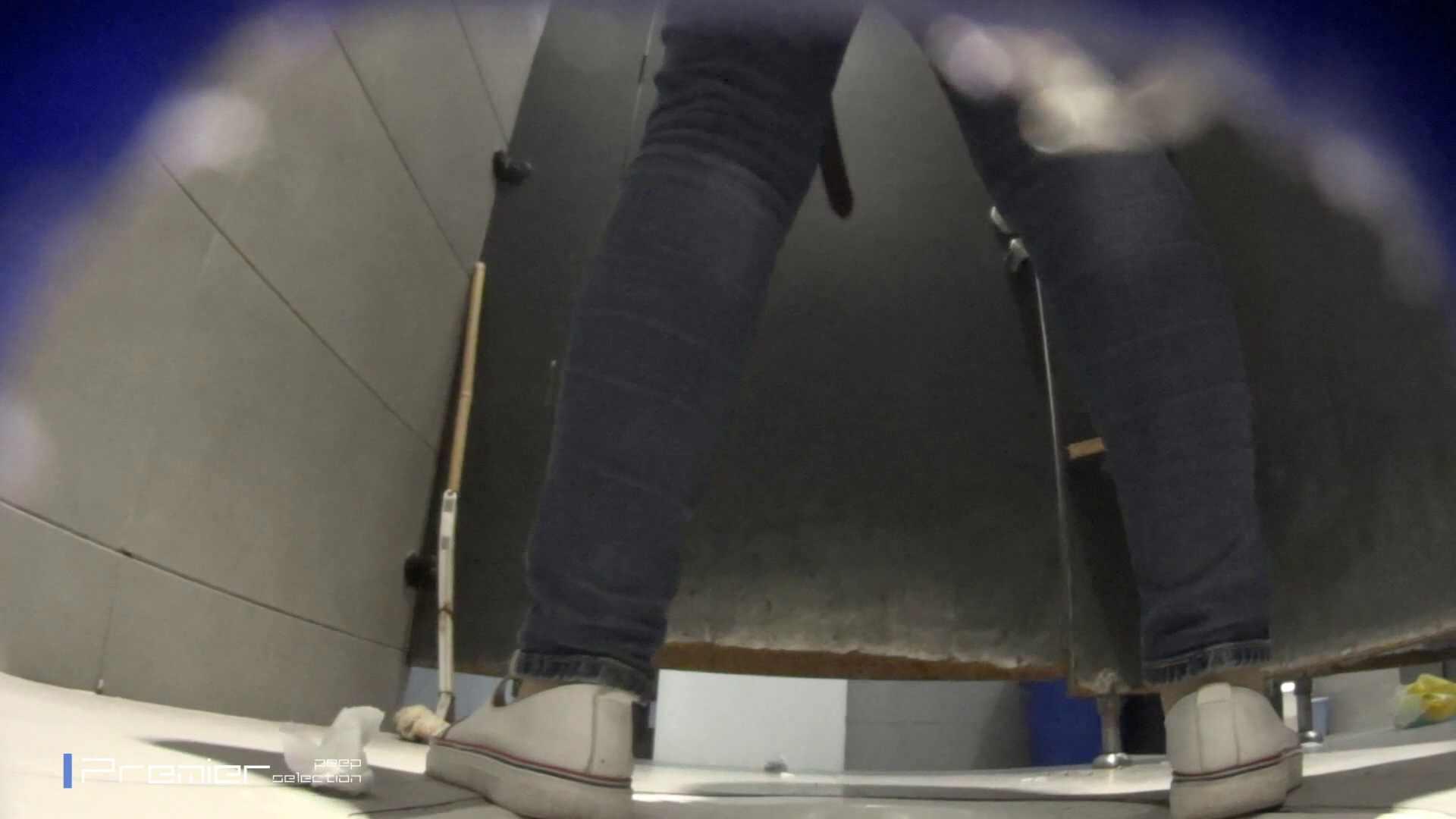 黒スパッツ美女 大学休憩時間の洗面所事情70 丸見え オメコ動画キャプチャ 79枚 66