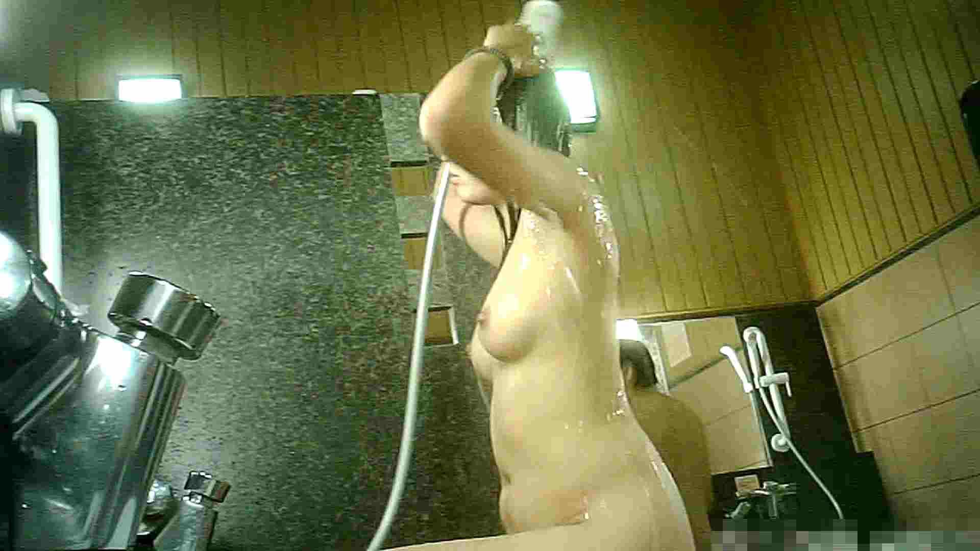 トイレ盗撮|Vol.56 洗い場!このオッパイはタマりません!|怪盗ジョーカー