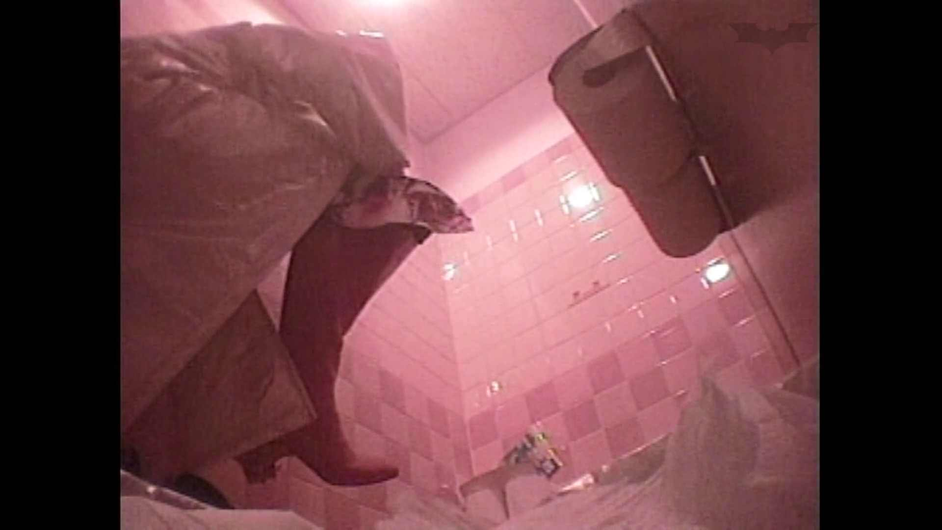 レース場での秘め事 Vol.03 洗面所のぞき セックス無修正動画無料 101枚 60