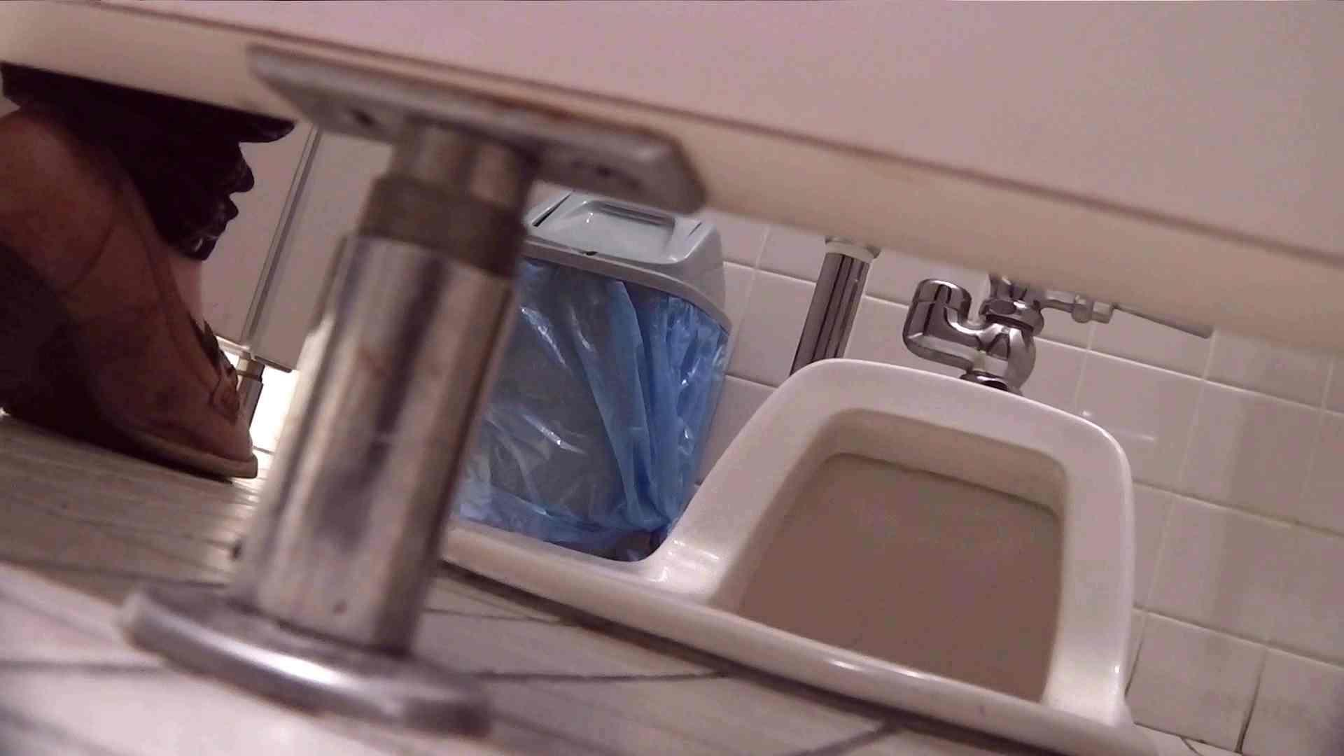 お銀さんの「洗面所突入レポート!!」無料お試し動画!!その1 ギャル達 | 高画質  76枚 37
