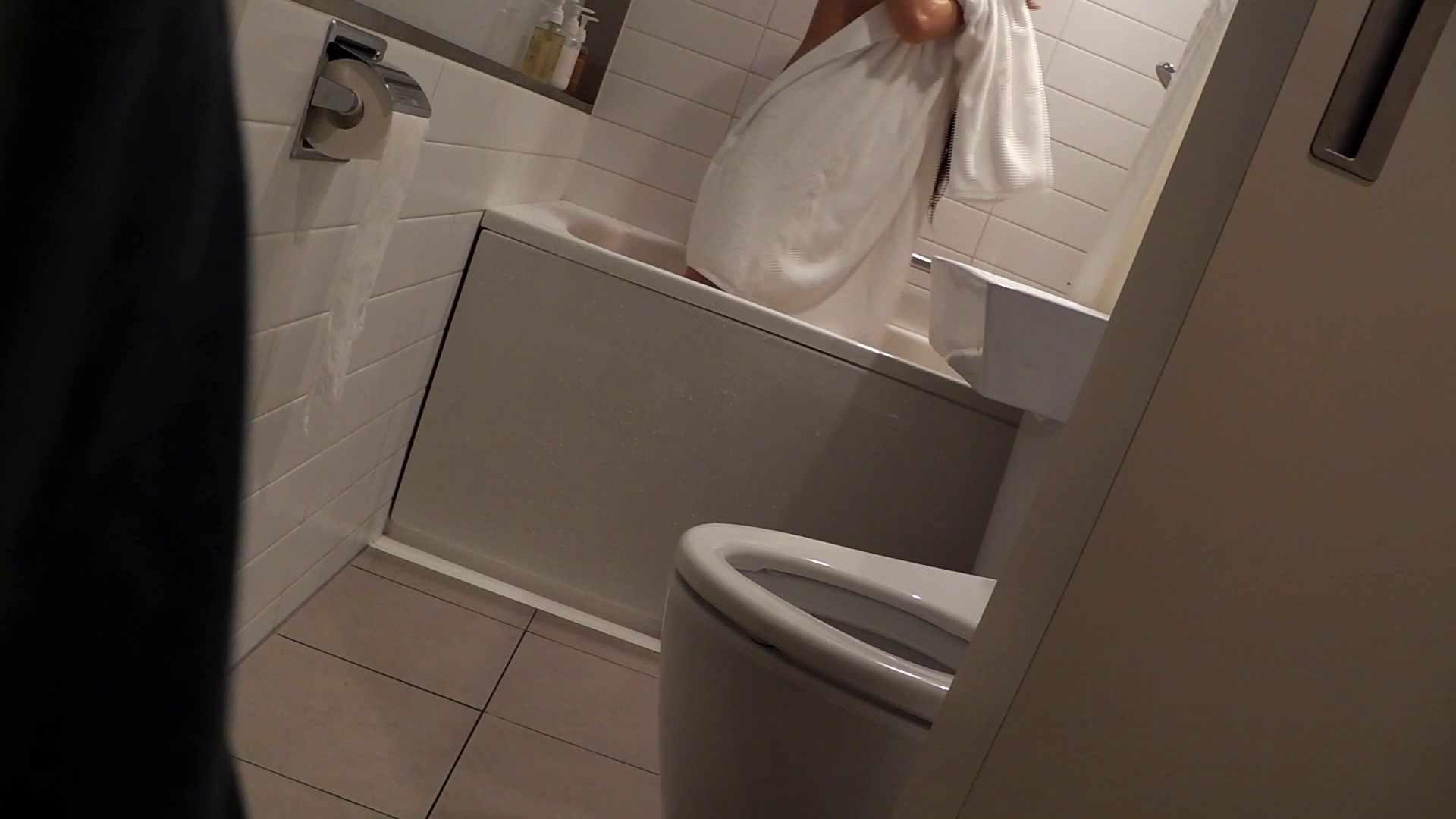 ヒトニアラヅNo.06 (No.03 実行その後・・・。) シャワー室 オマンコ動画キャプチャ 75枚 55