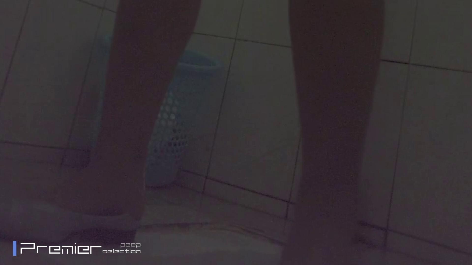 トイレ盗撮|タバコを吸う強気の女 トイレシーンを密着盗撮!! 美女の痴態に密着!Vol.32|怪盗ジョーカー