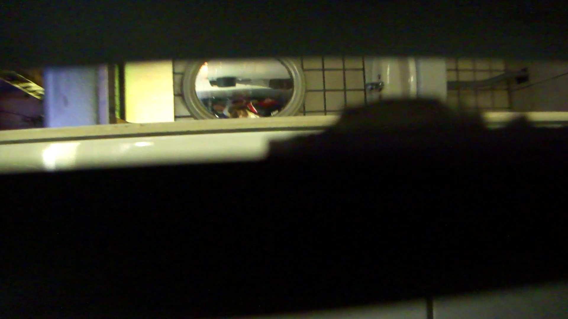 ギャルのツルピカ潜入盗撮!Vol.07 洗面所のぞき  77枚 36