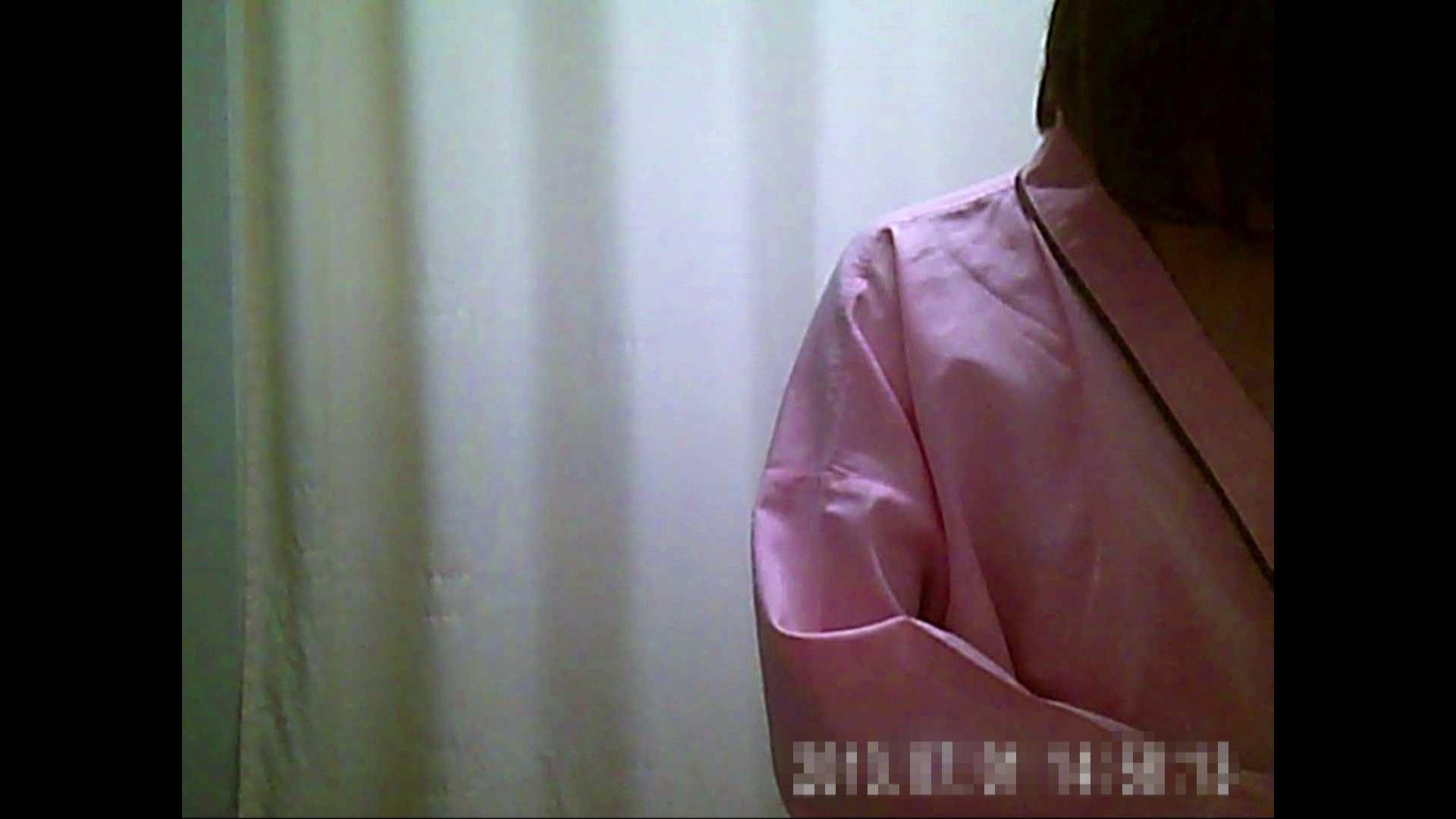 元医者による反抗 更衣室地獄絵巻 vol.039 ギャル達 オメコ動画キャプチャ 110枚 107