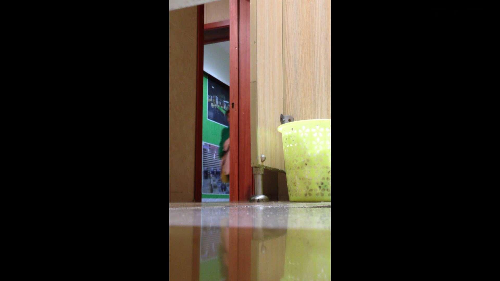 芸術大学ガチ潜入盗撮 JD盗撮 美女の洗面所の秘密 Vol.87 洗面所のぞき AV動画キャプチャ 110枚 102