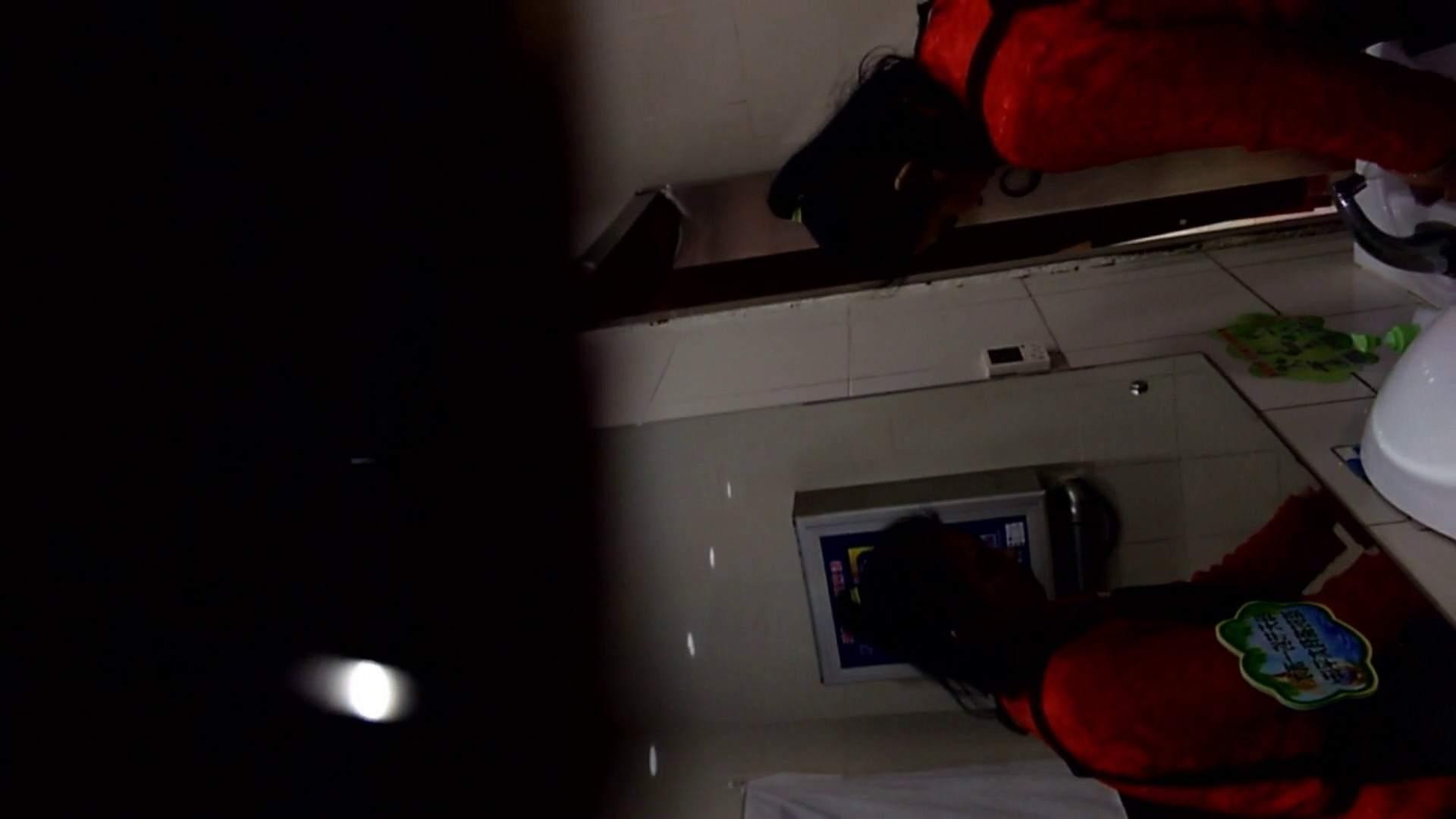 芸術大学ガチ潜入盗撮 JD盗撮 美女の洗面所の秘密 Vol.105 盗撮編   高評価  83枚 61