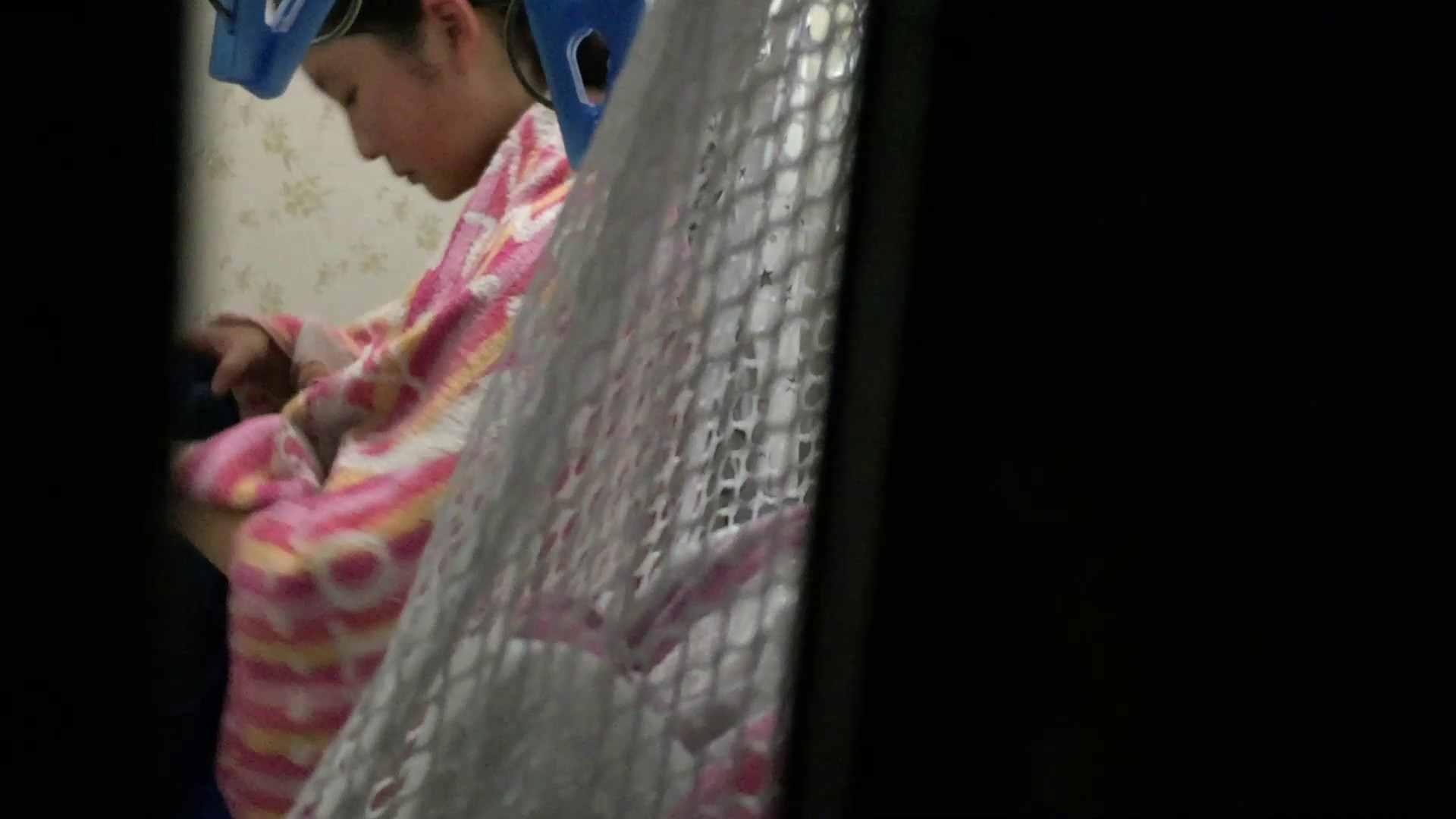 【19位 2016】リアルインパクト盗撮~入浴編 Vol.13 萌える注の入浴 女湯のぞき おまんこ動画流出 106枚 20