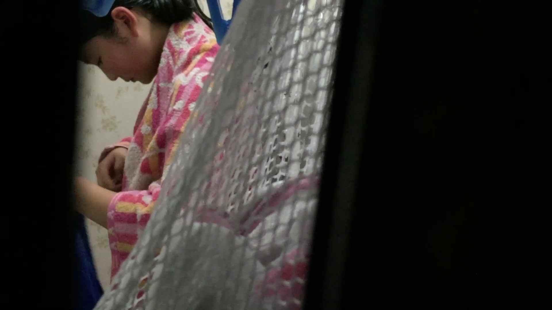 【19位 2016】リアルインパクト盗撮~入浴編 Vol.13 萌える注の入浴 入浴 ワレメ無修正動画無料 106枚 21
