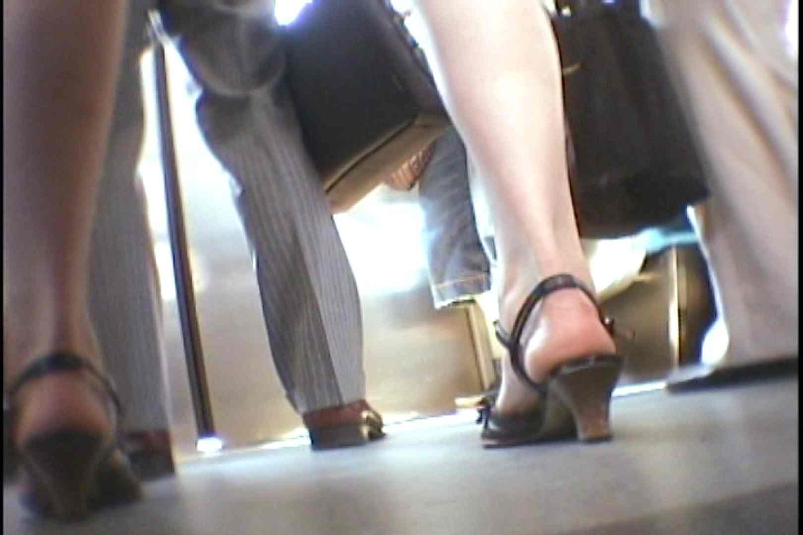 会員No.2 KAIさんのパンチラOL通勤の会 エッチなパンツ ワレメ無修正動画無料 93枚 15