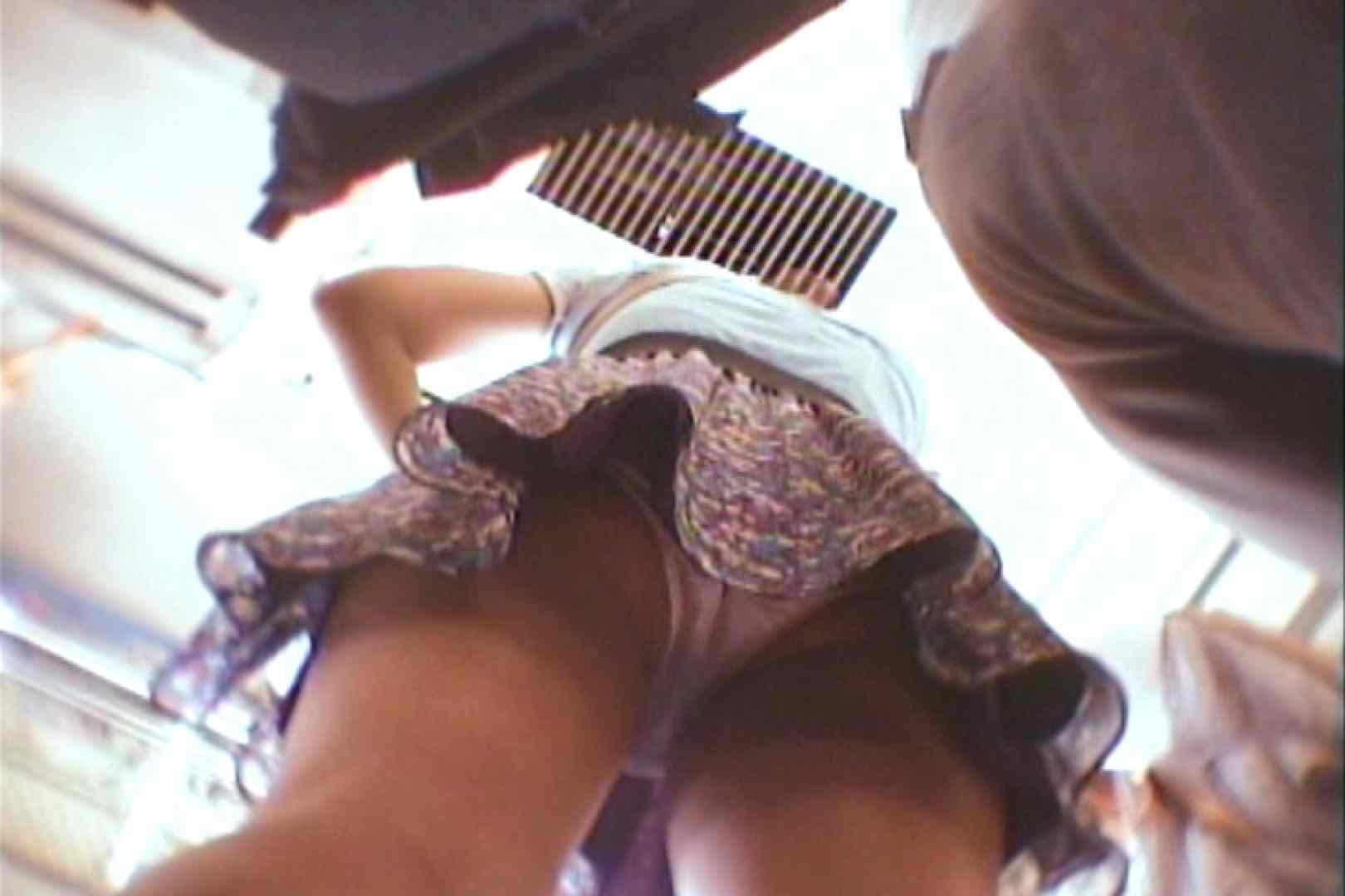 会員No.15 KAIさんのパンチラOL通勤の会 チラ見 すけべAV動画紹介 110枚 38