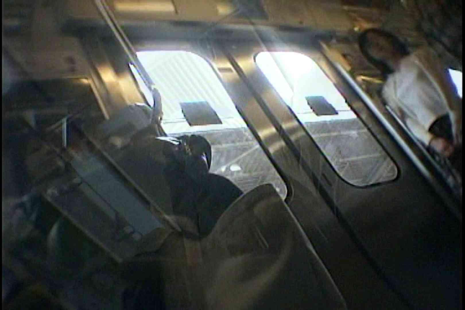 会員No.24 KAIさんのパンチラOL通勤の会 チラ見   細身体型  98枚 21