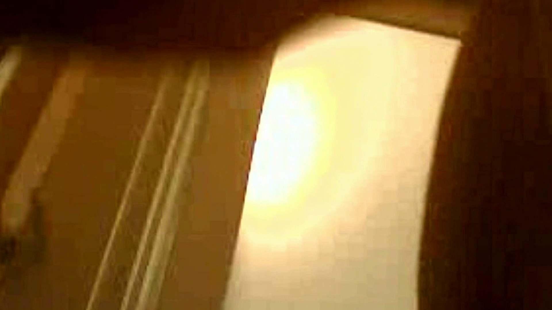 ▲復活限定D▲ややぽちゃ童顔の カナちゃん Vol.03 脱衣編 洗面所のぞき  96枚 18