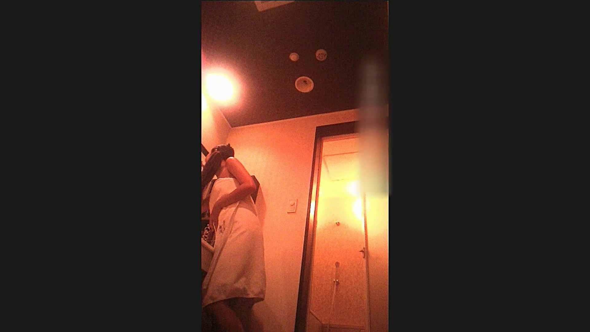 厚化粧はこの日だけ。。 ひまるちゃん Vol. 20  脱衣編 シャワー室   ラブホテル  109枚 25